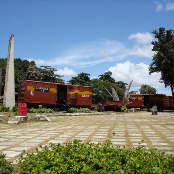 Tren Blindado-monument - Santa Clara - Cuba