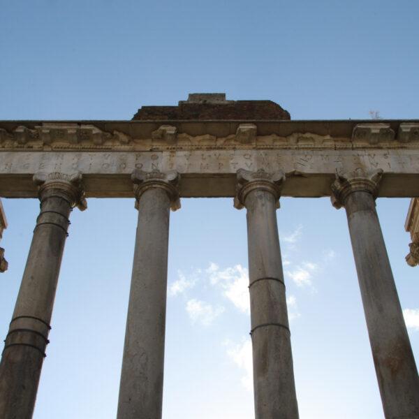 Tempel van Saturnus - Rome - Italië