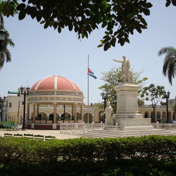 Must sees Cuba - Cienfuegos - Parque Martí