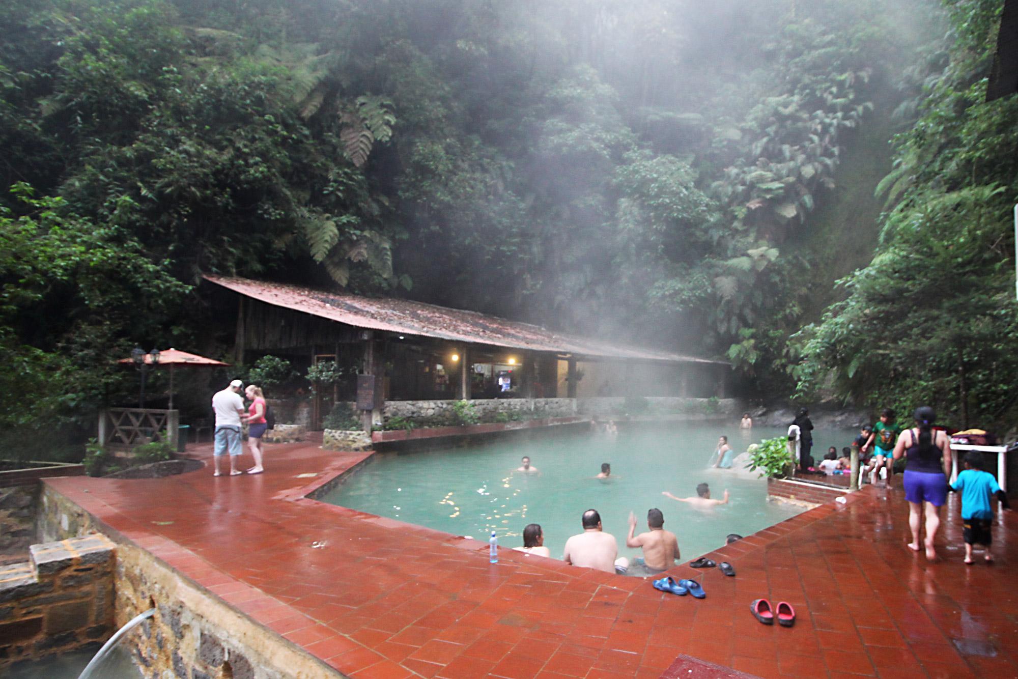 Guatemala 2015 - dag 12 - Warmwaterbronnen van Fuentes Georginas