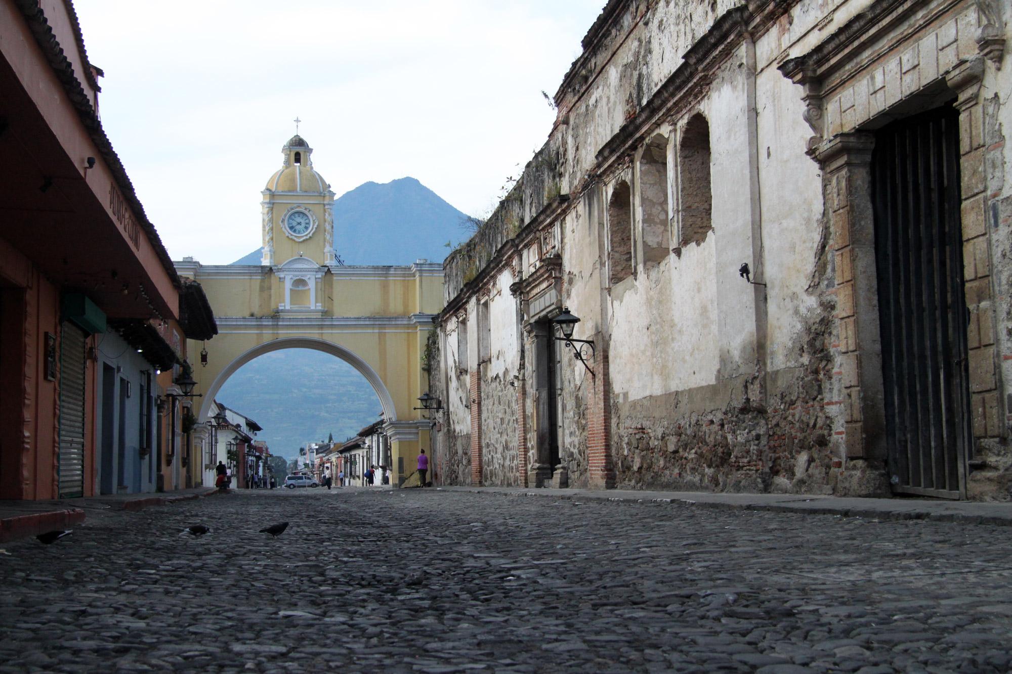 Guatemala 2015 - dag 2 - De Arco de Santa Catalina in Antigua