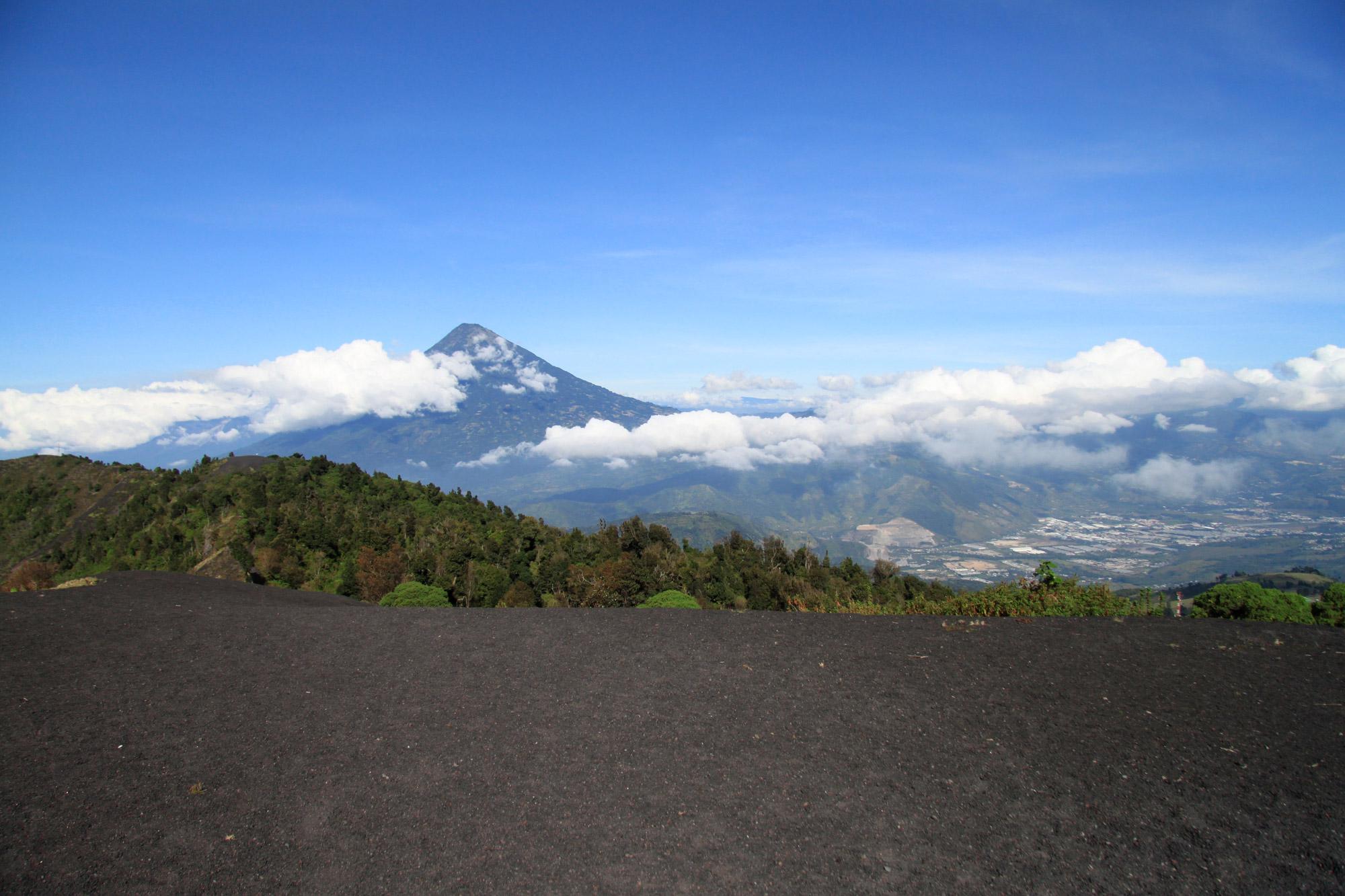 Guatemala 2015 - dag 3 - Uitzicht vanaf de Volcán Pacaya