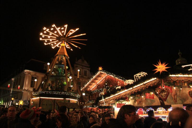 Kerstmarkt Trier 2015 - Plein voor de Dom