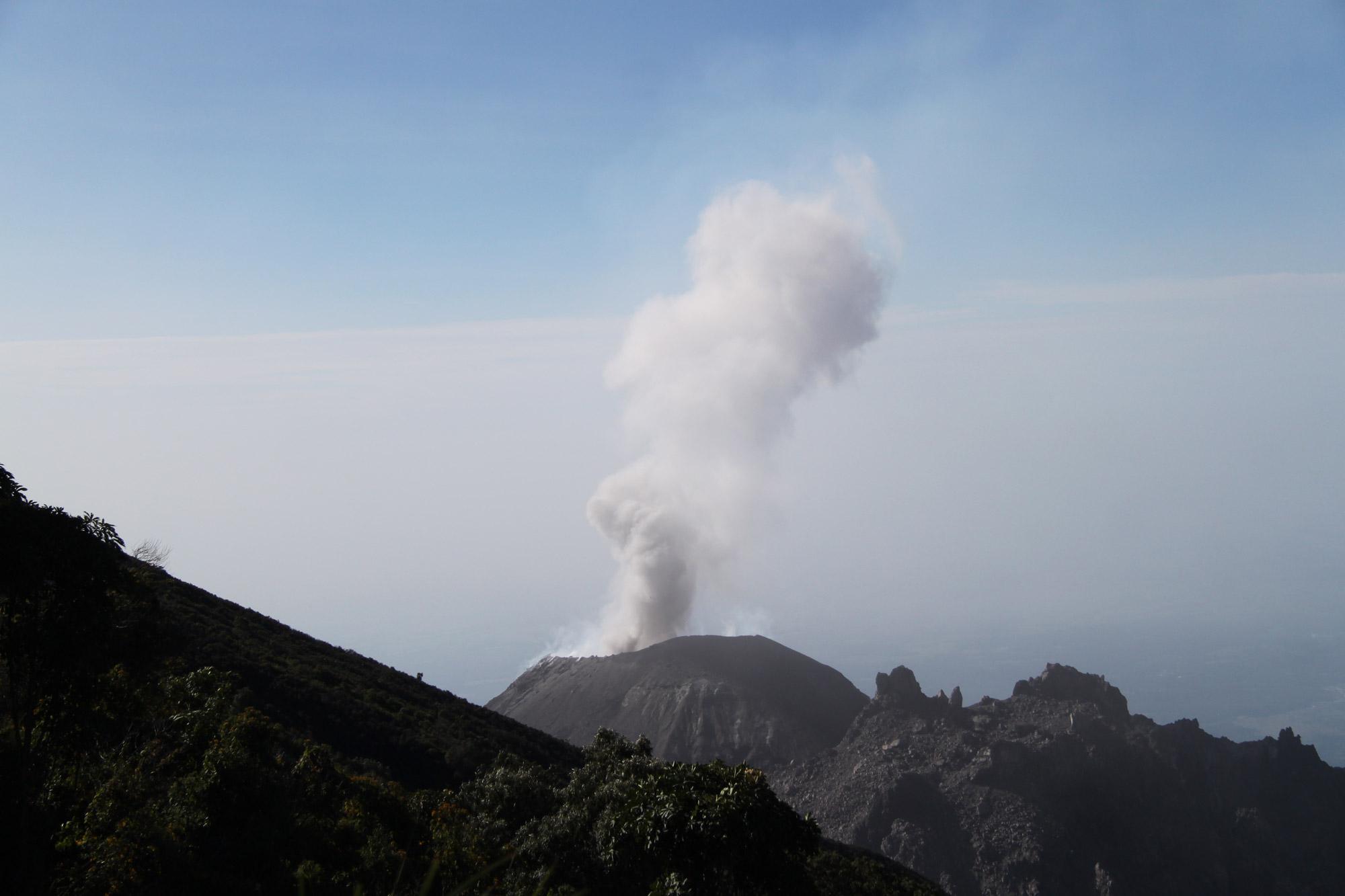 Top 5 vulkanen die je moet beklimmen in Guatemala - Volcán Santiaguito