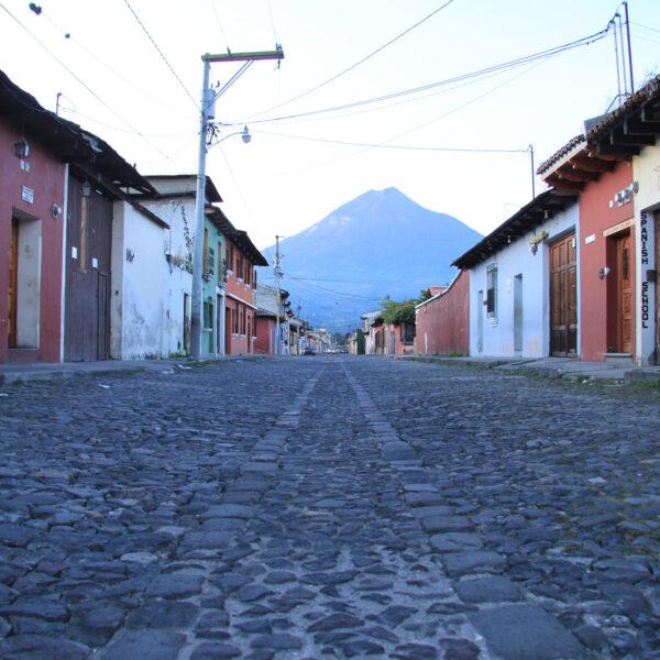 Antigua ontwaakt