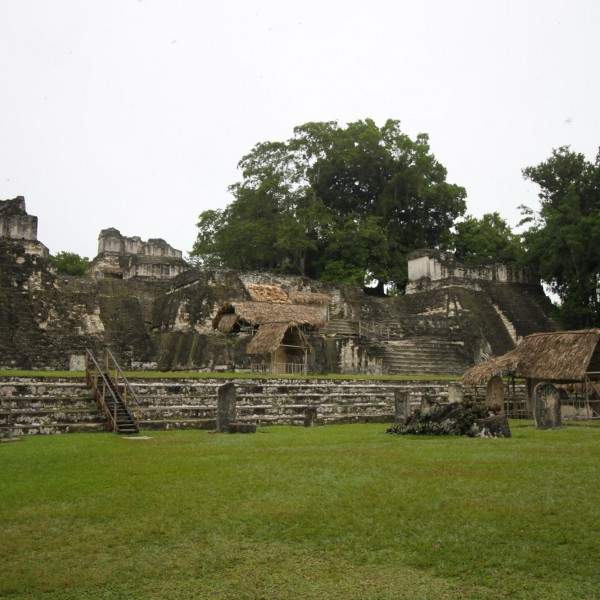 Grand Plaza - Tikal - Guatemala