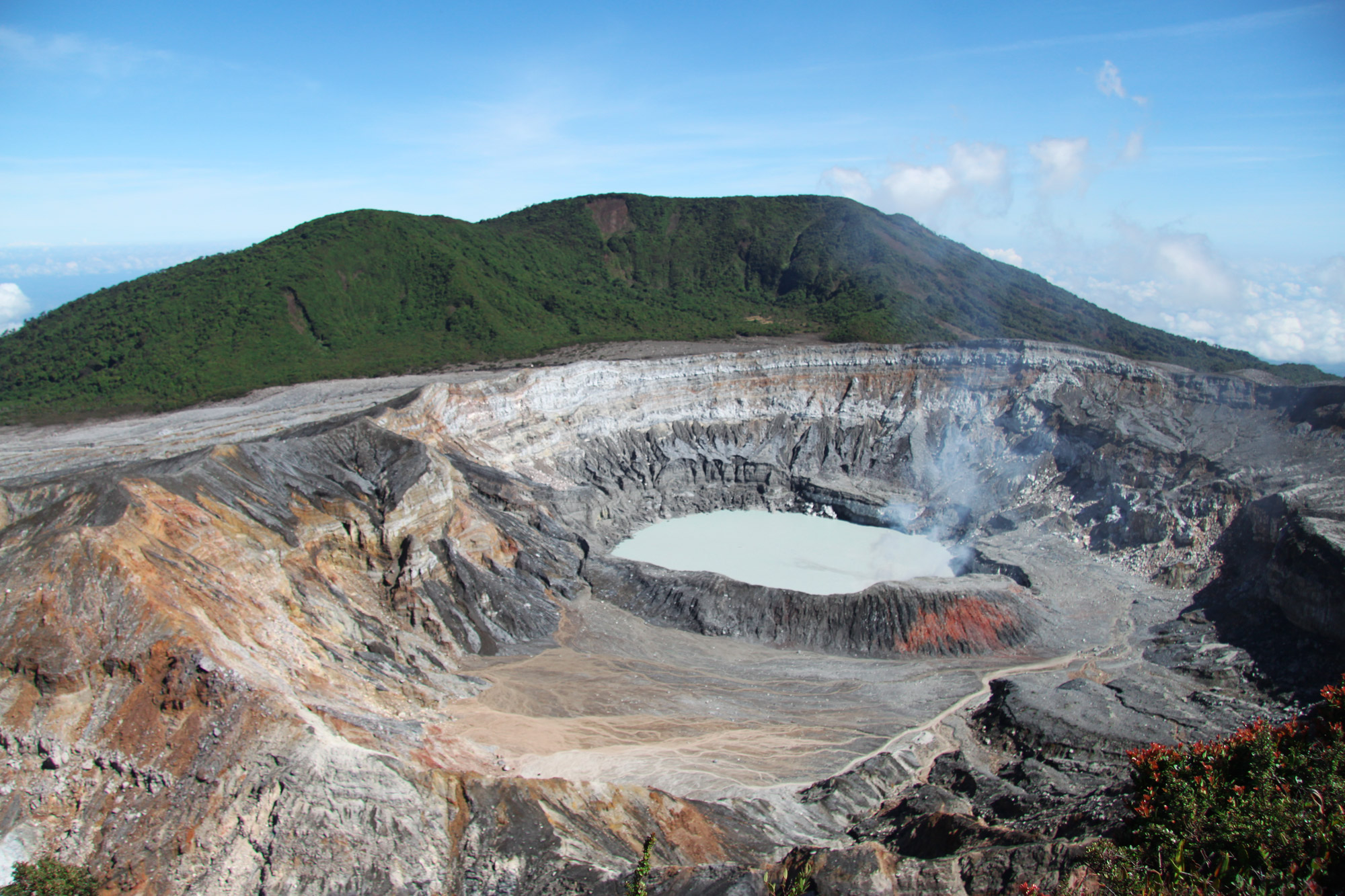5 reden om naar Costa Rica te reizen - (actieve) Vulkanen: Volcán Poás