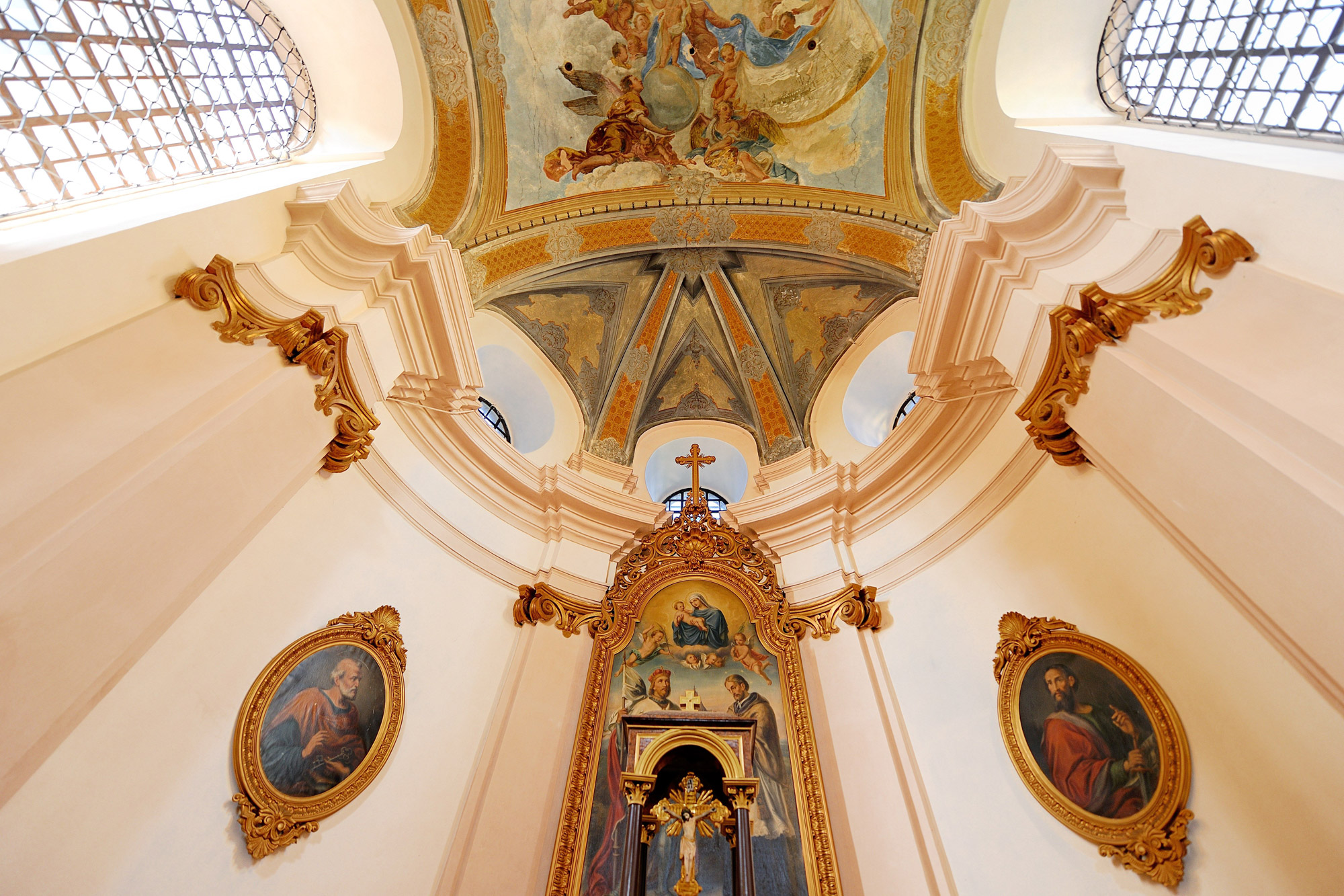Barokke parels in Tsjechië - Het schitterende interieur van de Benedictijnenklooster in Broumov - © Jan Záliš