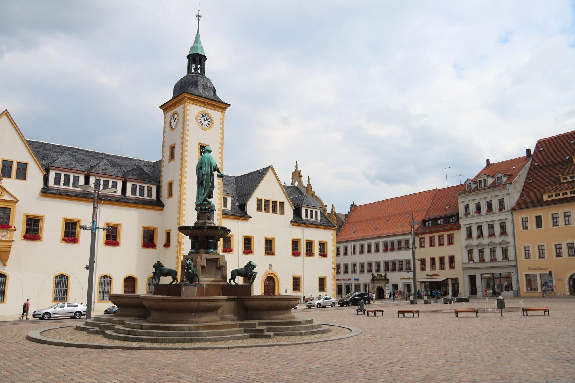 Weekendje Freiberg in 10 beelden - Obermarkt met het Rathaus