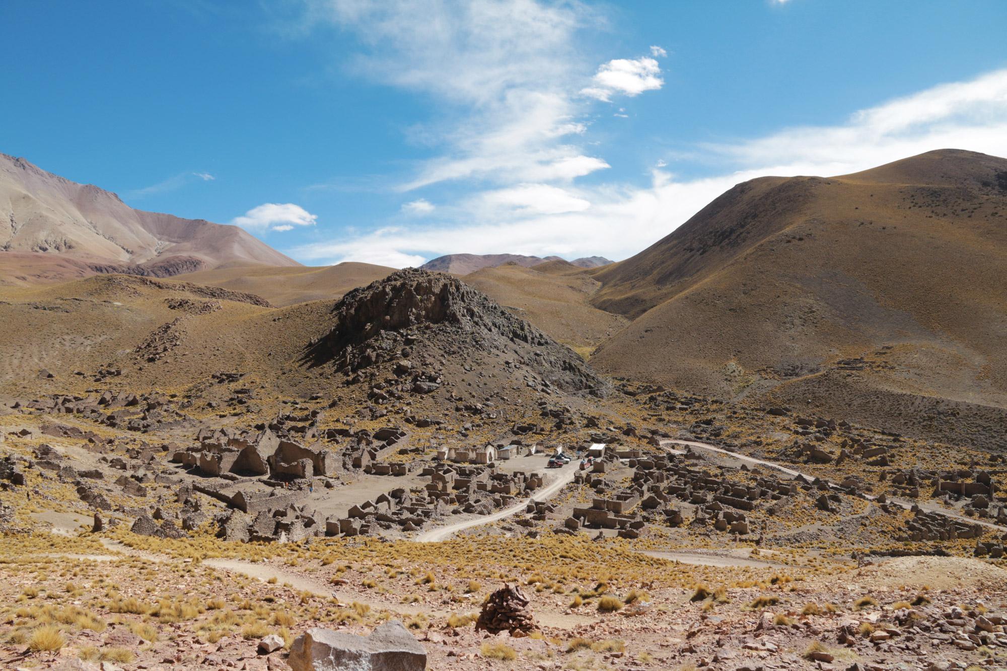 Reisverslag Bolivia: Four Days Of Fantasy Tour - Ruïnes van San Antonio de Lipez