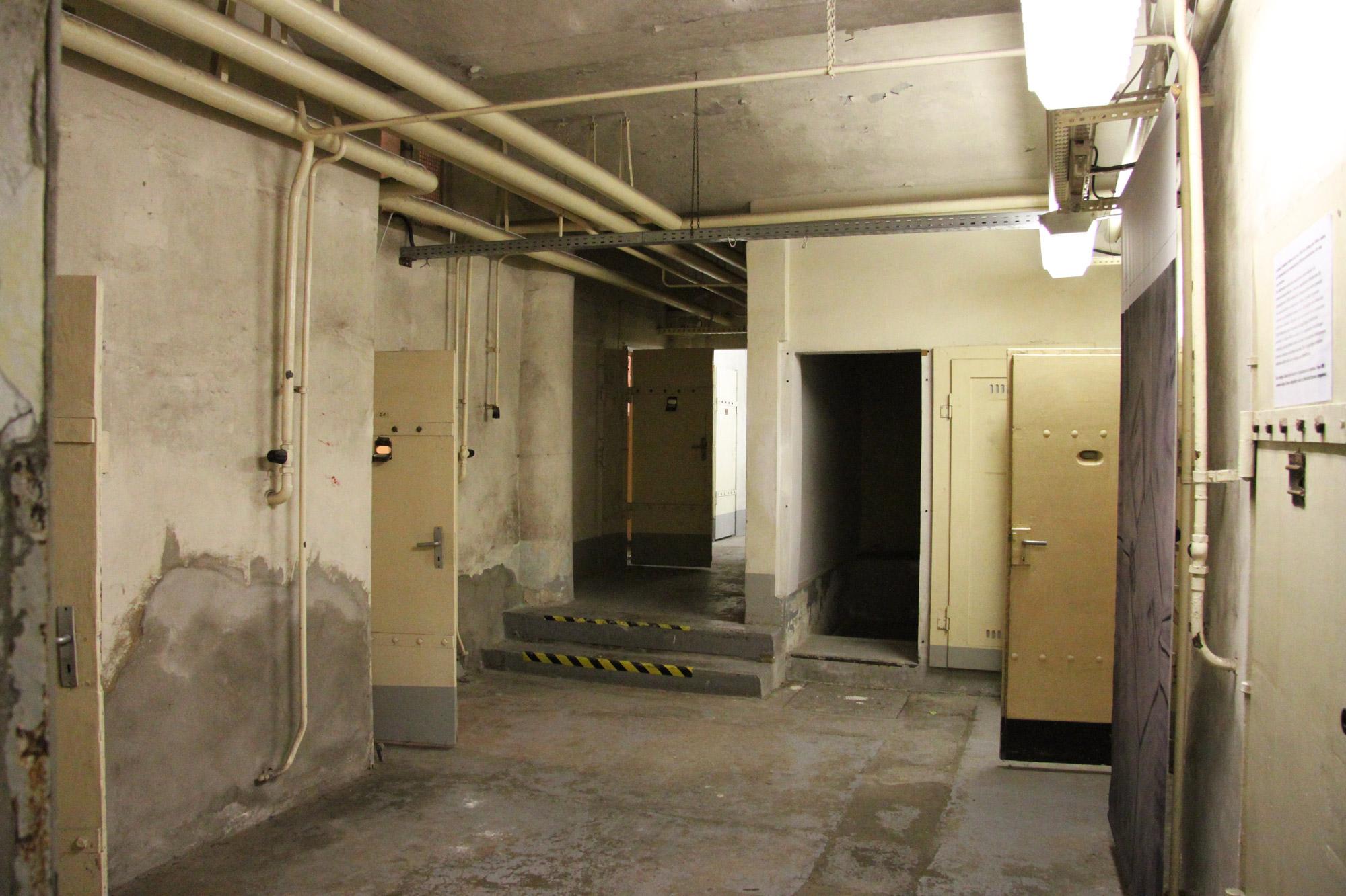 een bezoek aan de stasi gevangenis van dresden