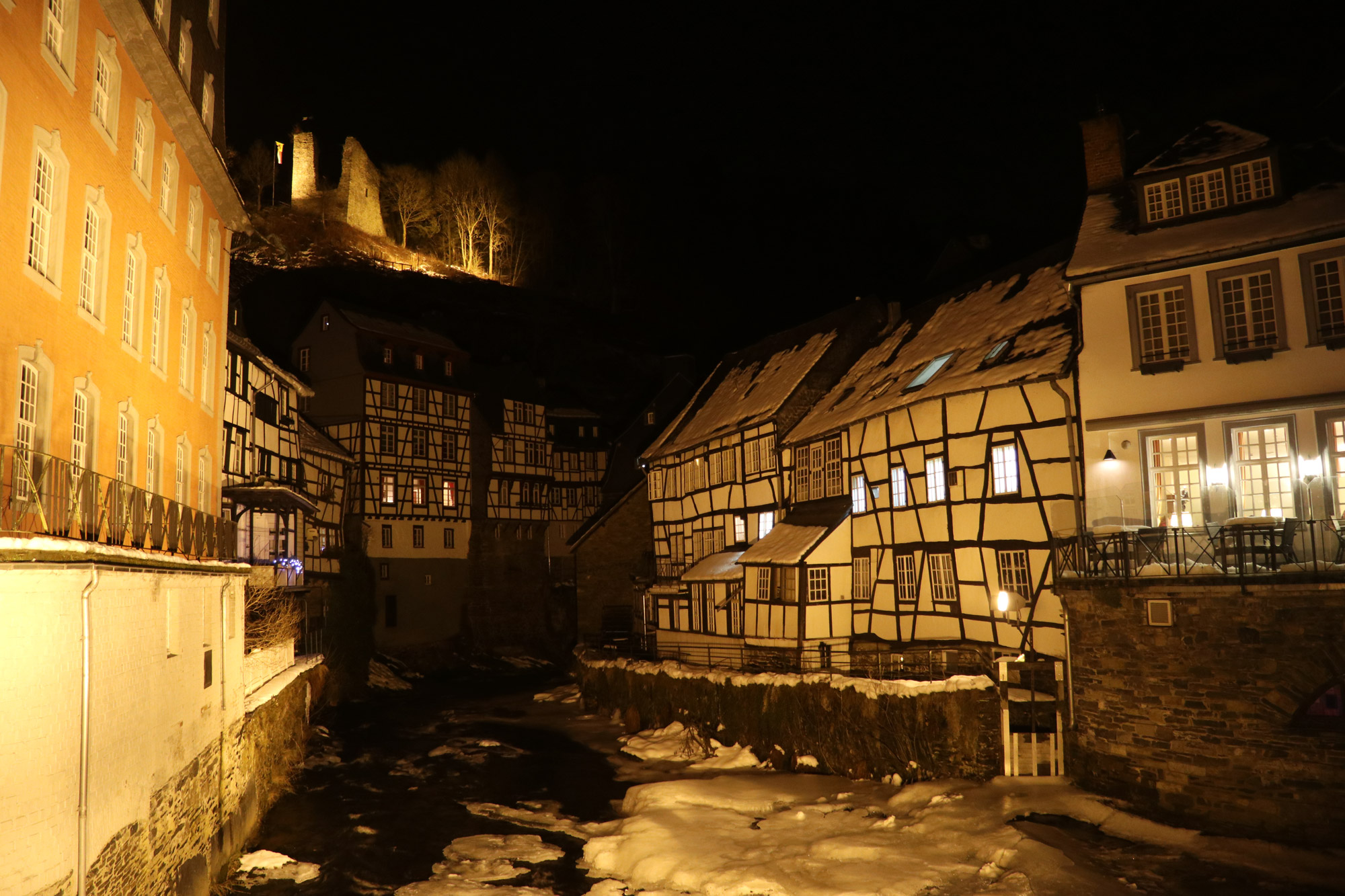 Weekendje in Monschau in 10 beelden - Monschau bij nacht