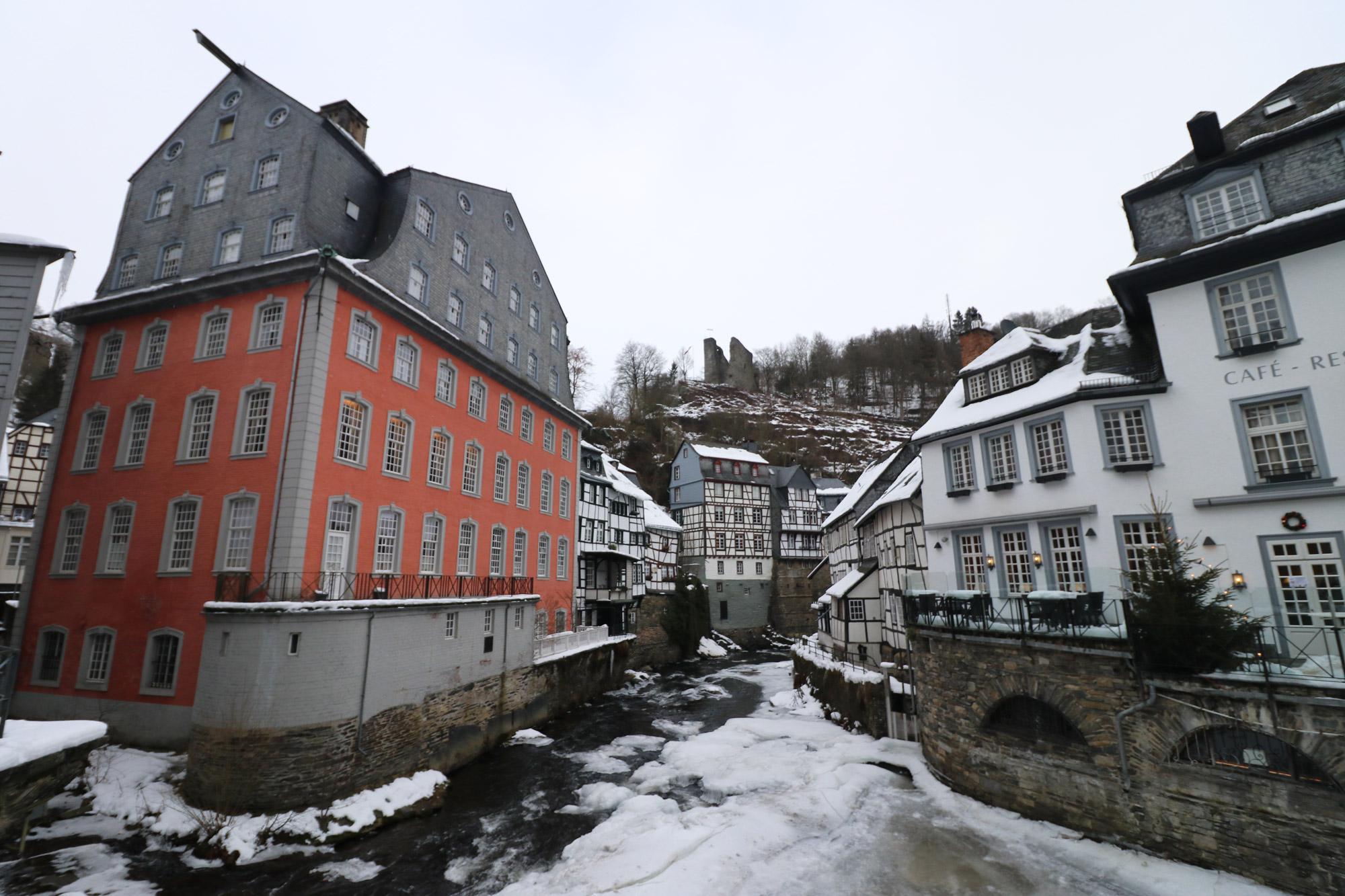Rotes Haus in Monschau Duitsland Reizen & Reistips