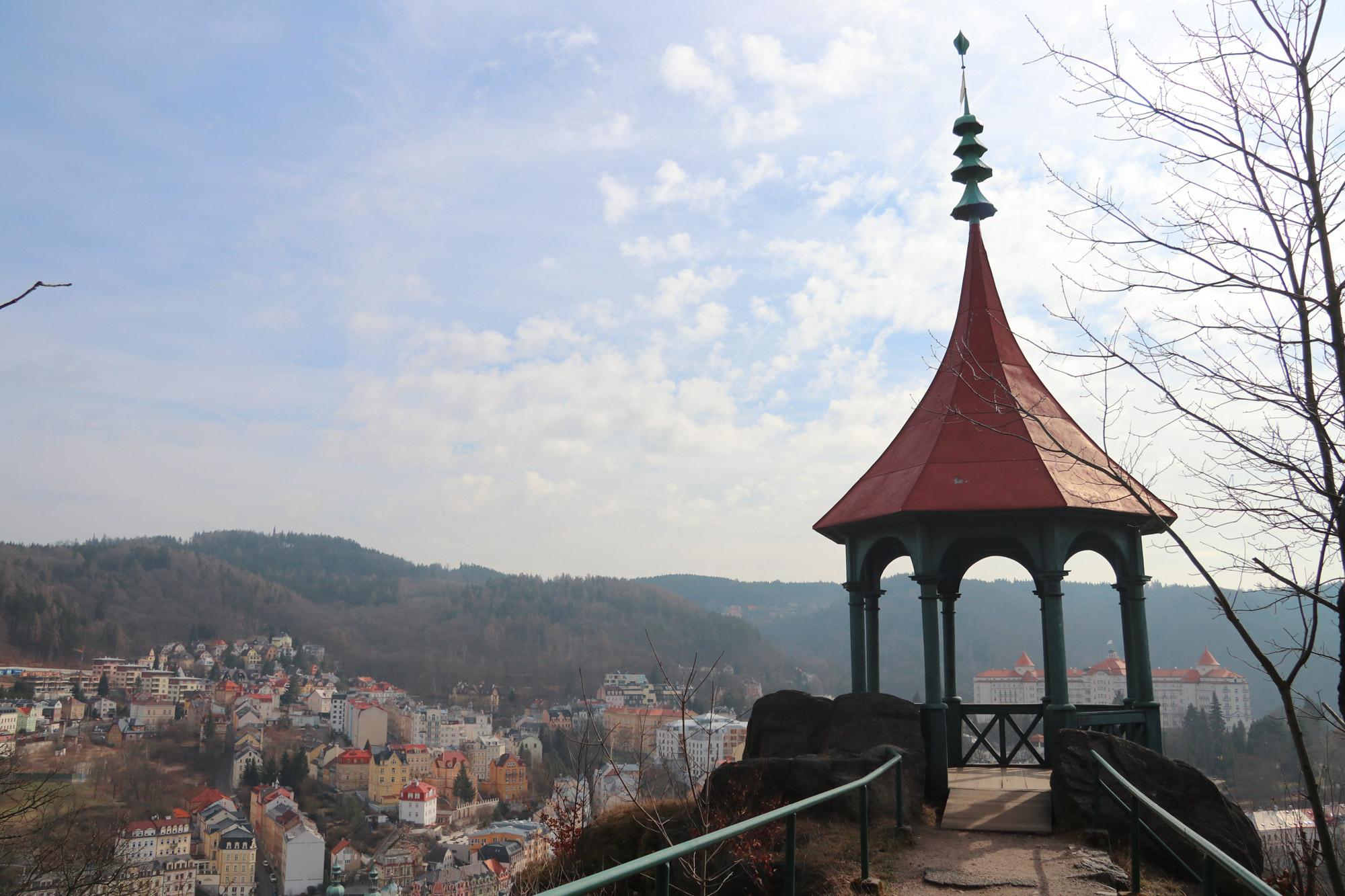 Stedentrip Karlsbad - Uitzicht vanaf Jeleni Skok