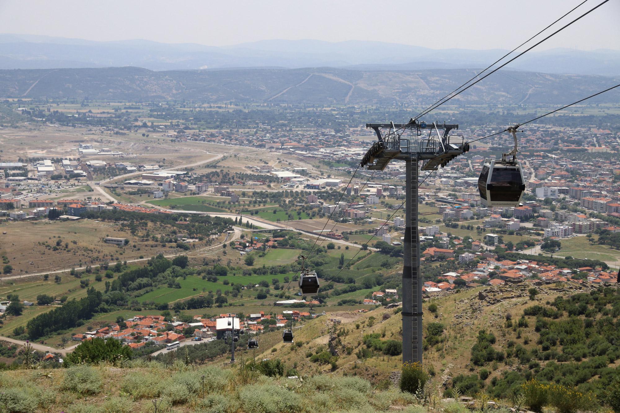 Turkije reisverslag: Bergama en Ayvalik - Met de kabelbaan naar de oude stad van Bergama