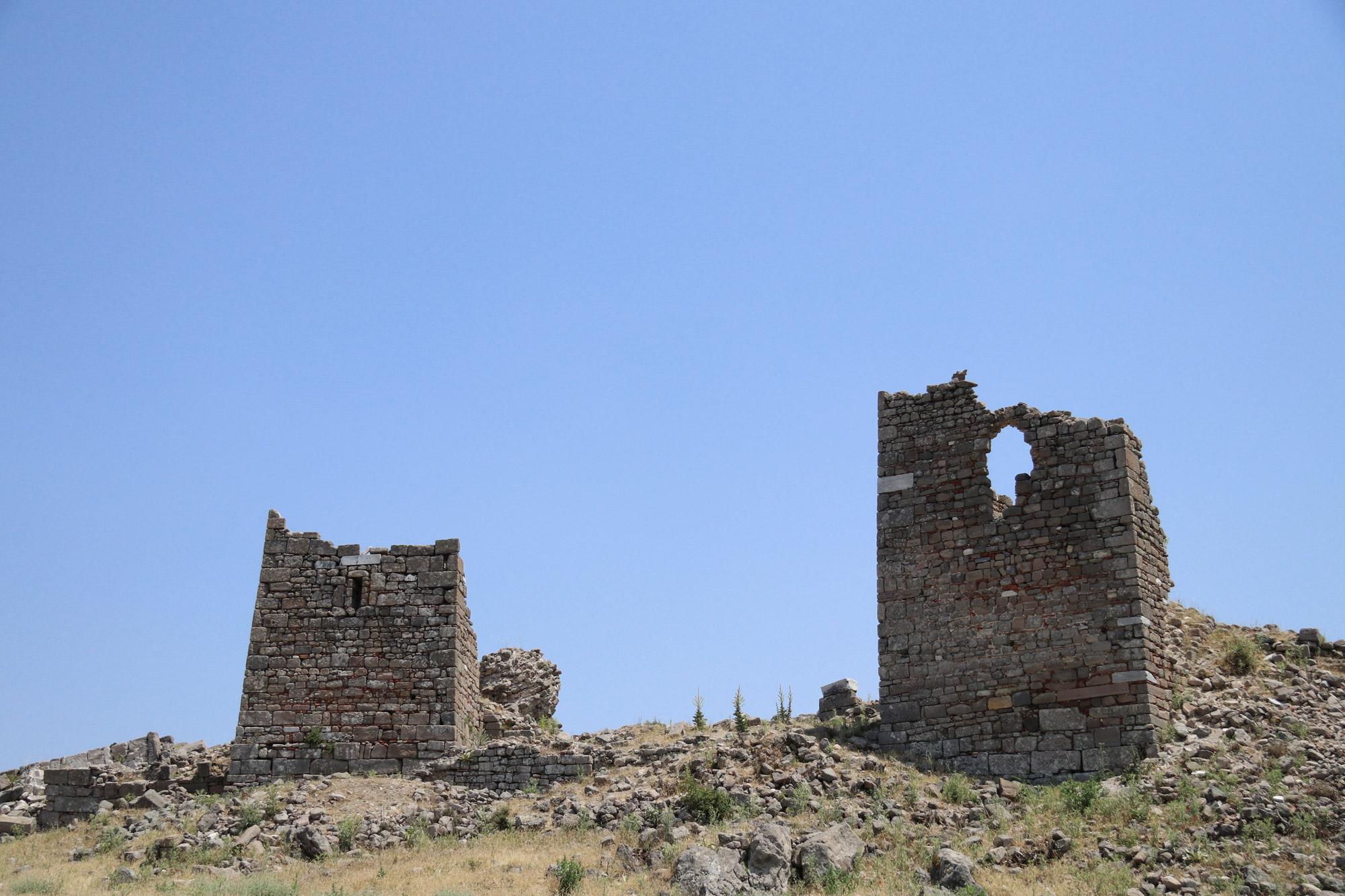Turkije reisverslag: Bergama en Ayvalik - De oude stadsmuren van Bergama
