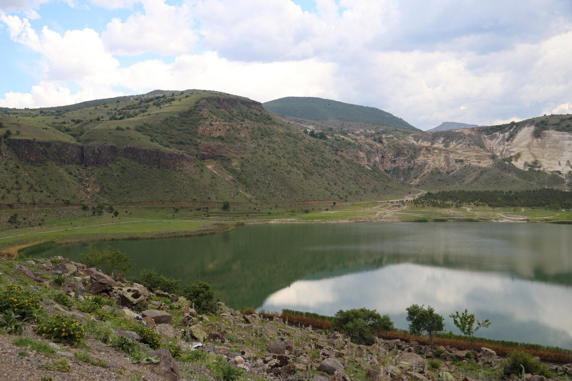 Turkije reisverslag: Laatste dag in Cappadocië - Het kratermeer van Narligöl