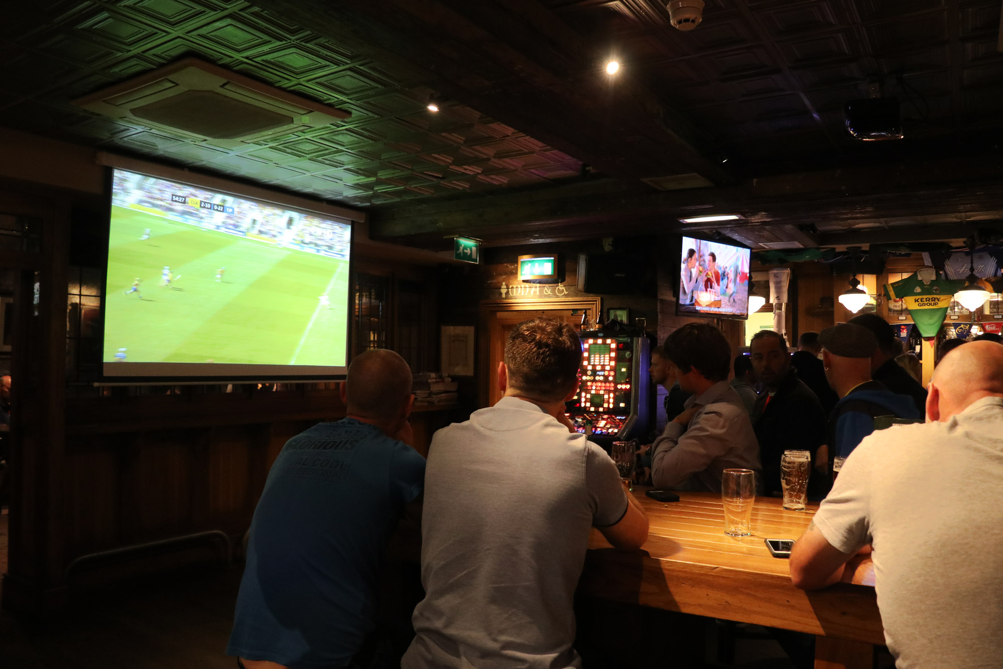 Mannenweekend in Edinburgh - Sport kijken in de Irish Pub