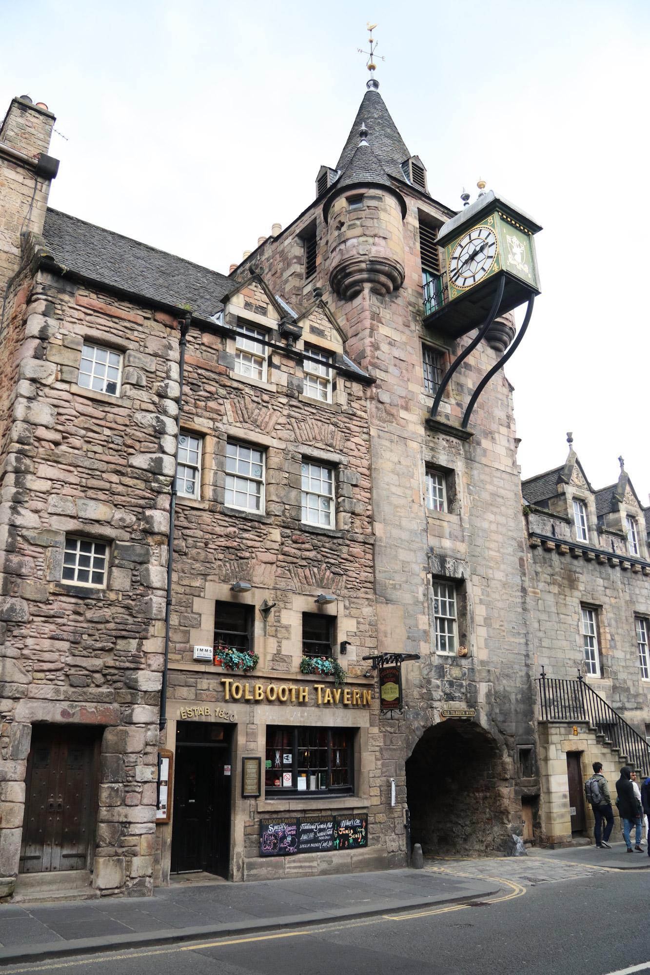 Mannenweekend in Edinburgh - Mooie gebouwen in de Old Town