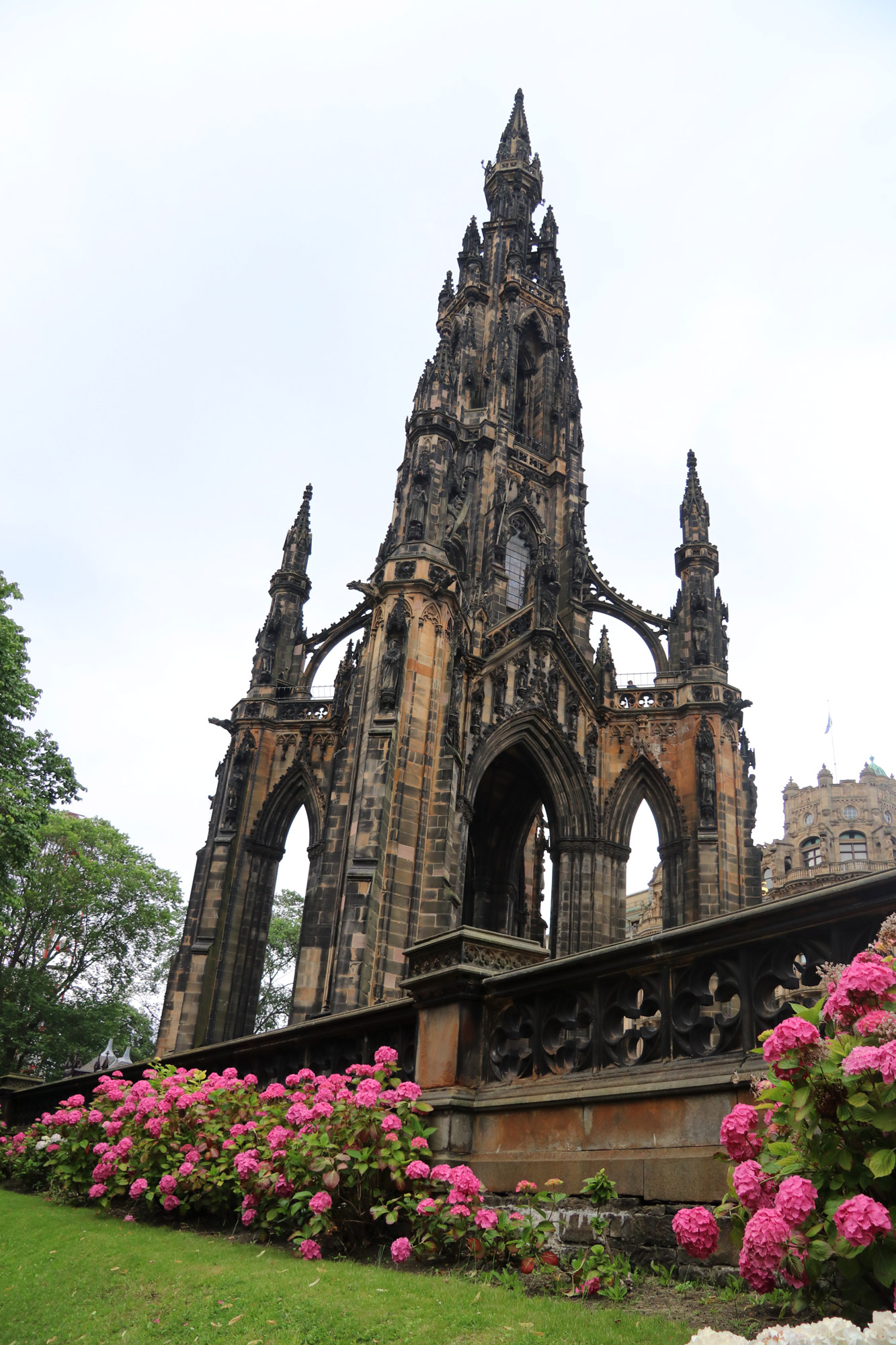 Mannenweekend in Edinburgh - Scott Monument