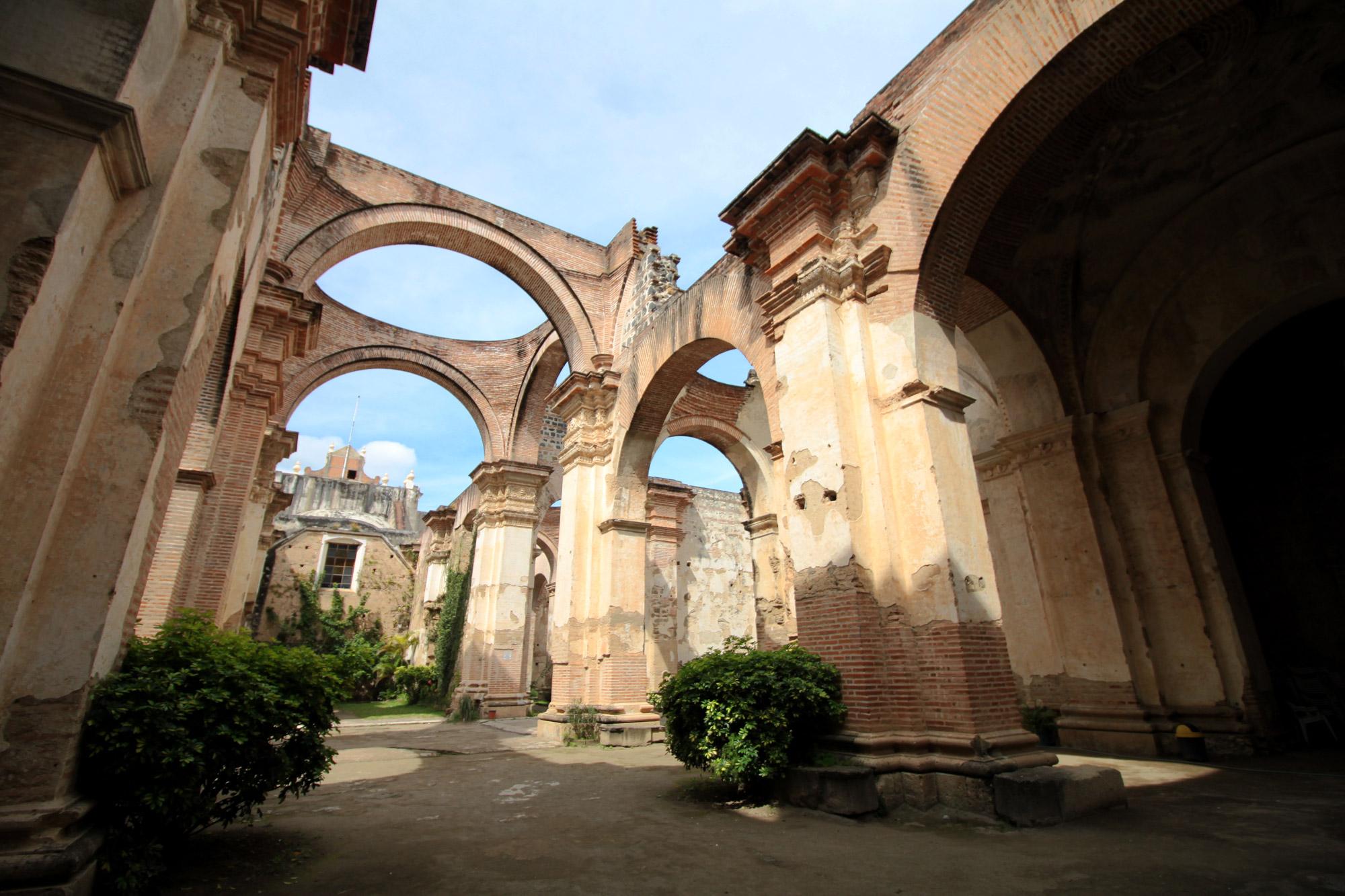 De ruïnes van Antigua - Catedral de Santiago