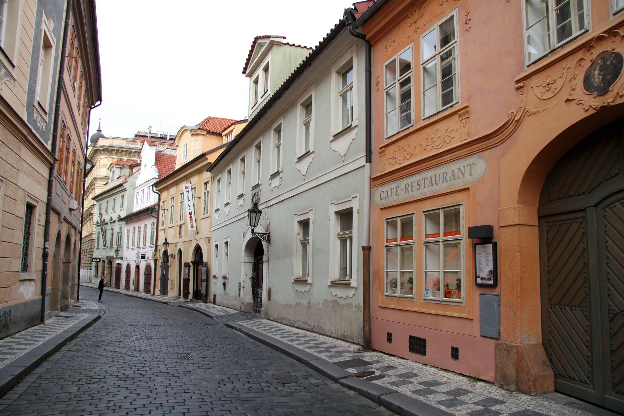 Fietsen door Praag - Kasseien straatjes