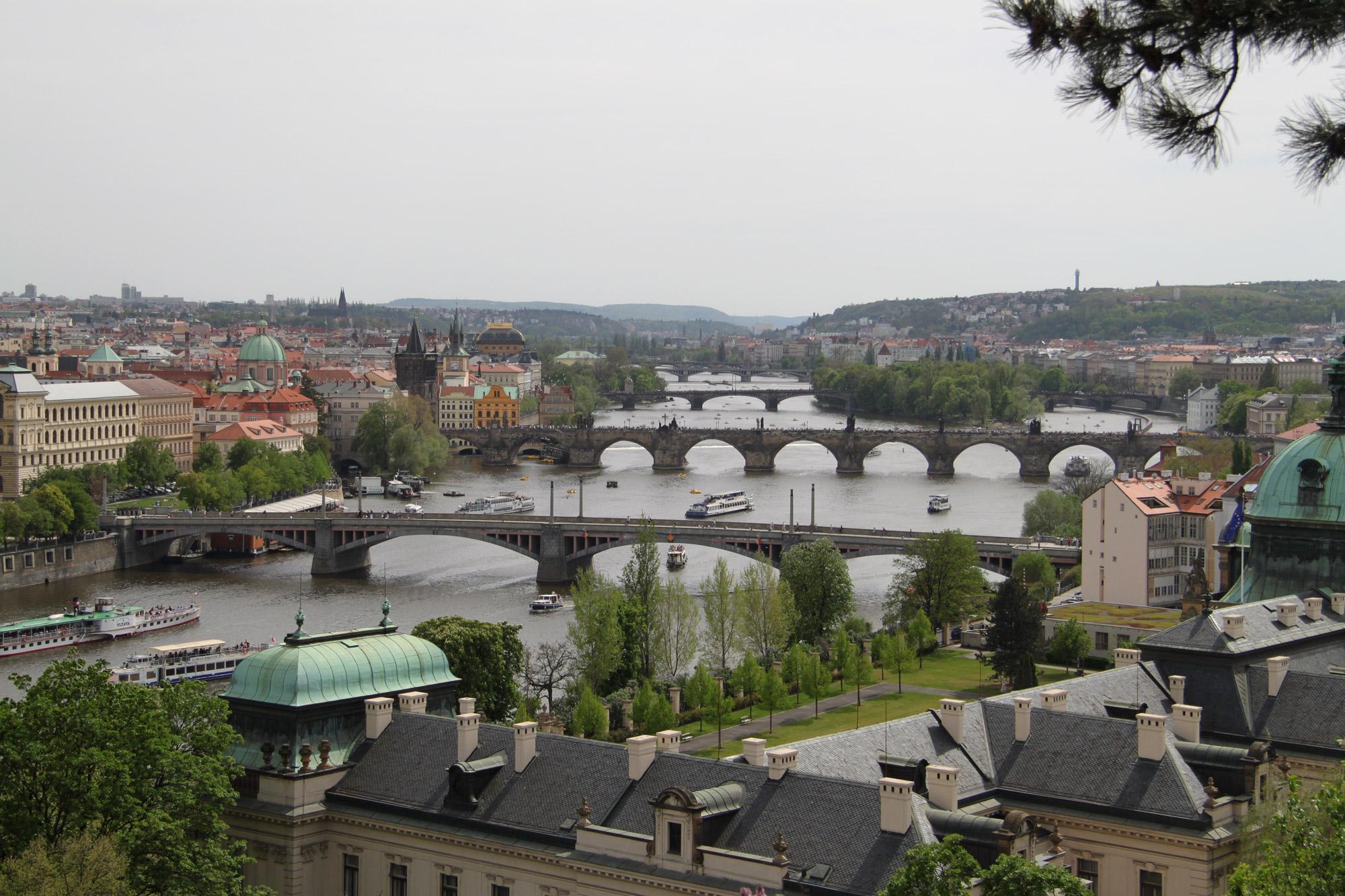 Fietsen door Praag - Uitzicht vanaf het Petřín park
