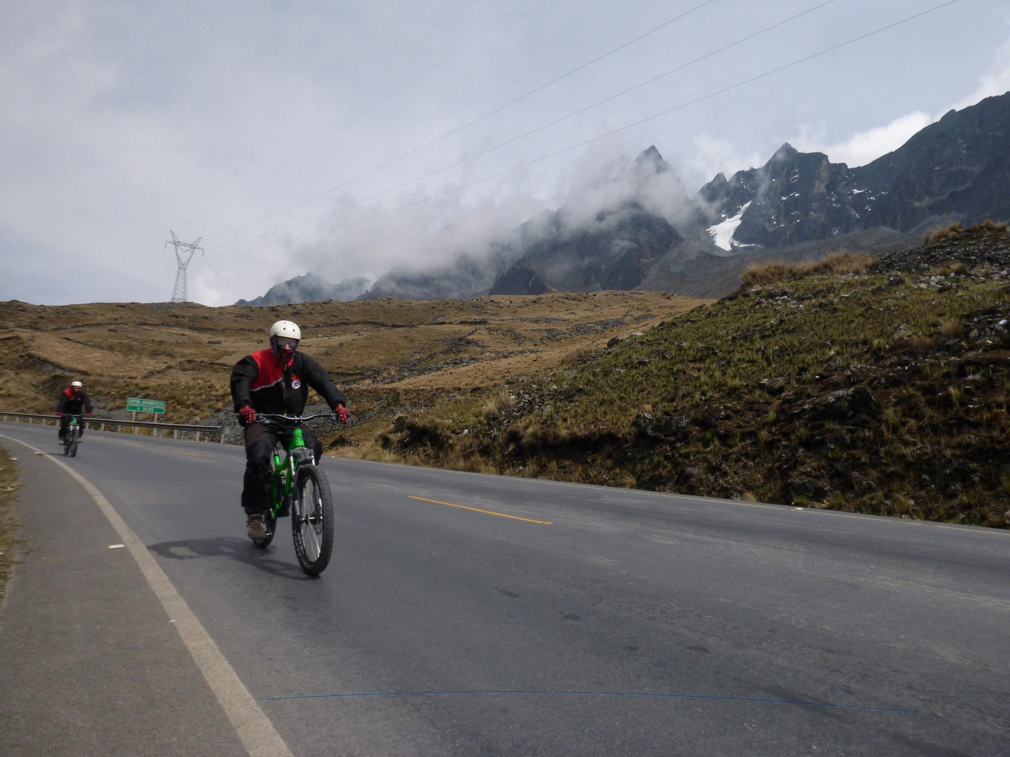 Fietsen op de Death Road in Bolivia