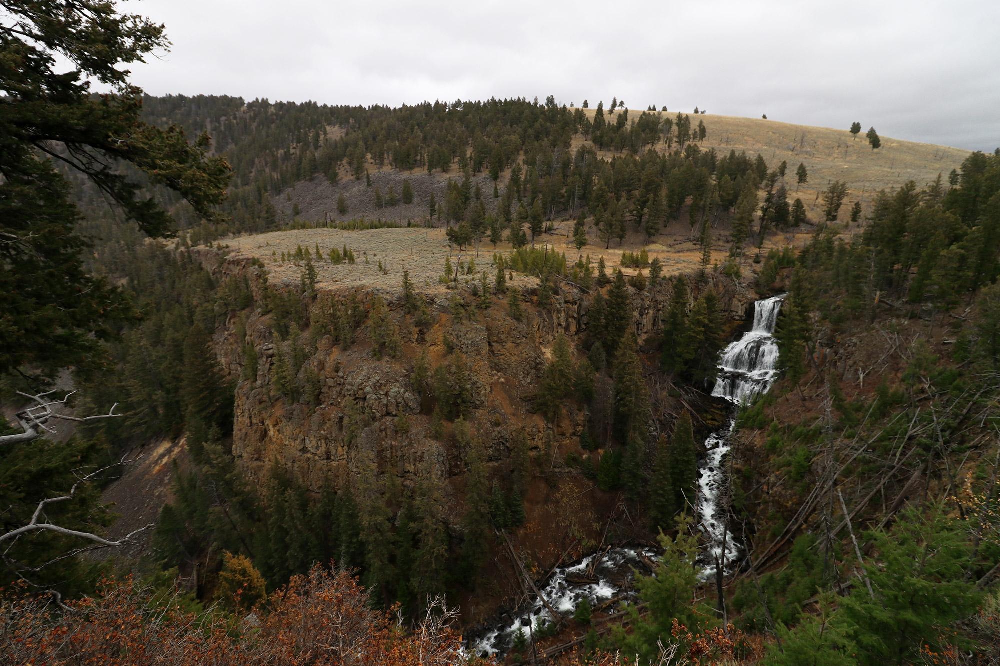 Amerika dag 4 - Yellowstone National Park - Undine Falls