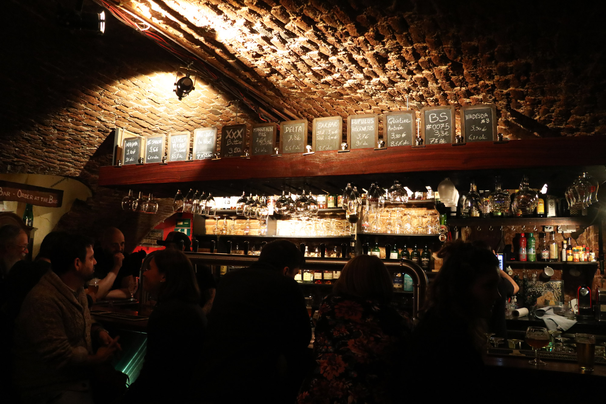 Top 5 leuke biercafés Brussel - La Porte Noire