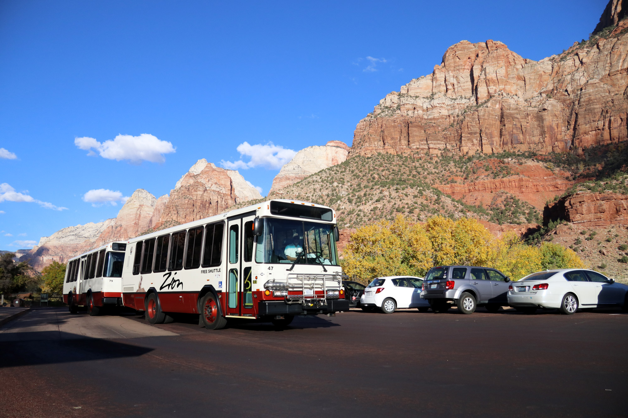 Amerika dag 15 - Zion National Park - Shuttlebus