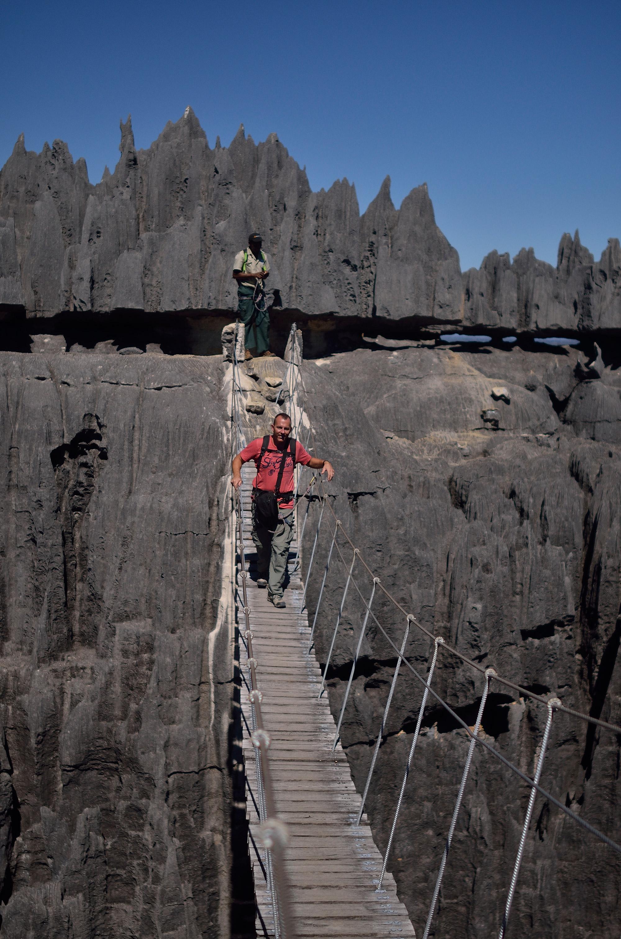 De volgers van Reizen & Reistips: Eric en Claudia - Hangbrug in Tsigny, Madagascar