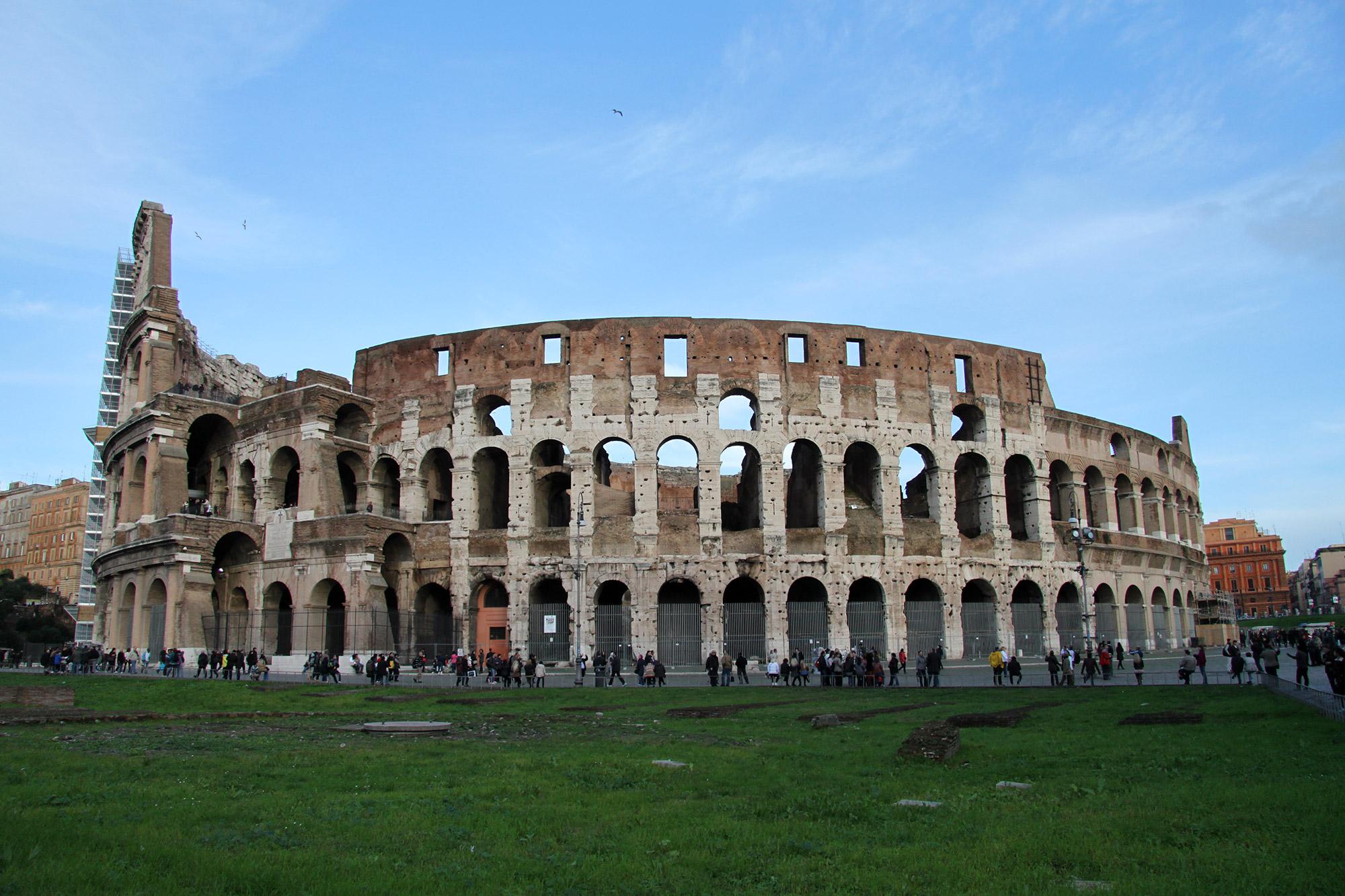 Voorbereidingen voor een stedentrip naar Rome