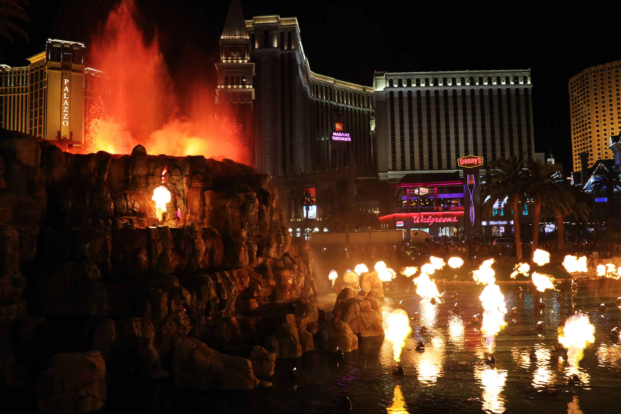 Amerika dag 17 - Las Vegas - Vuurshow bij Mariott Hotel