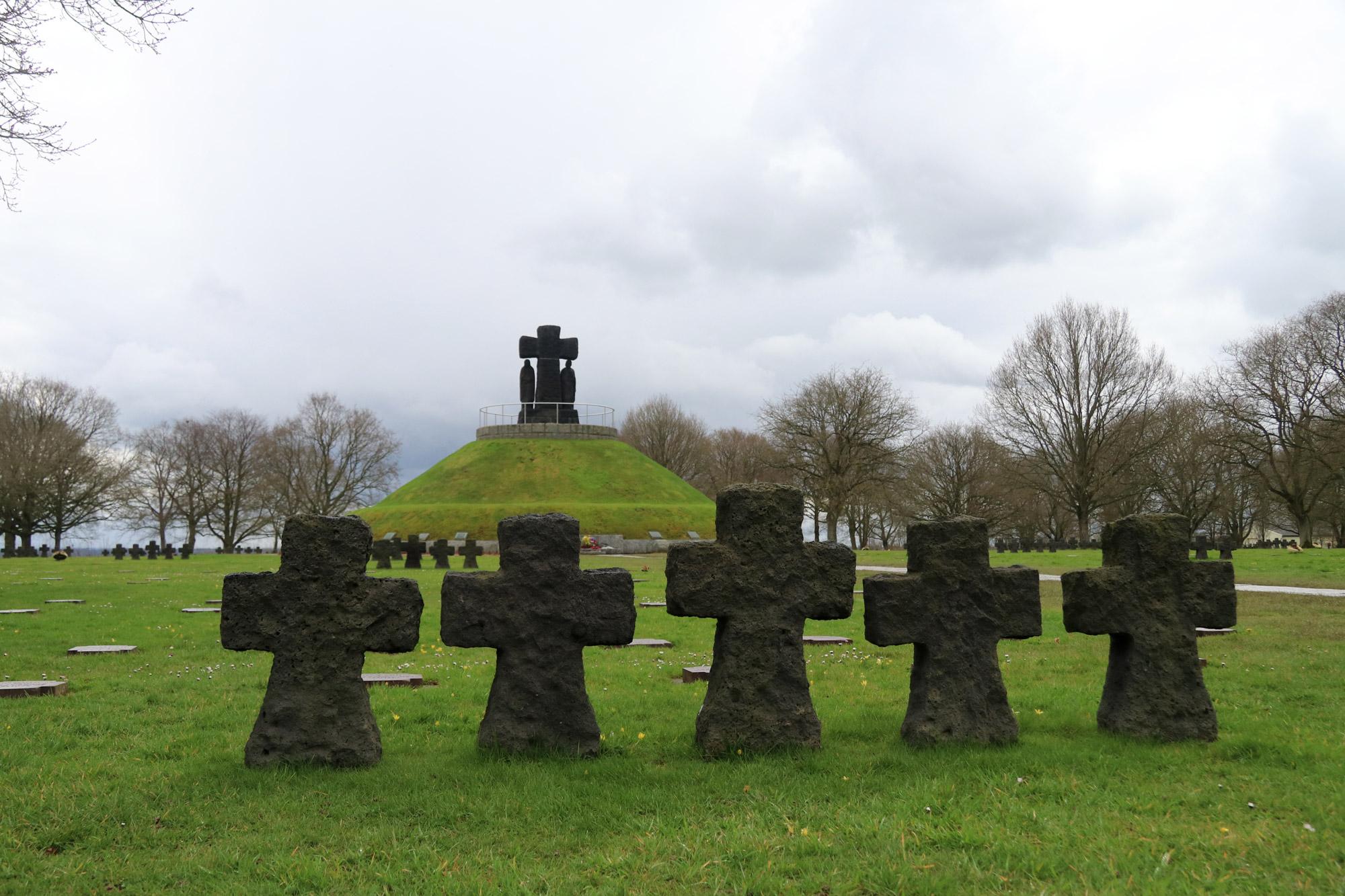 Fotoverslag Normandië - Duitse Militaire Begraafplaats La Cambe