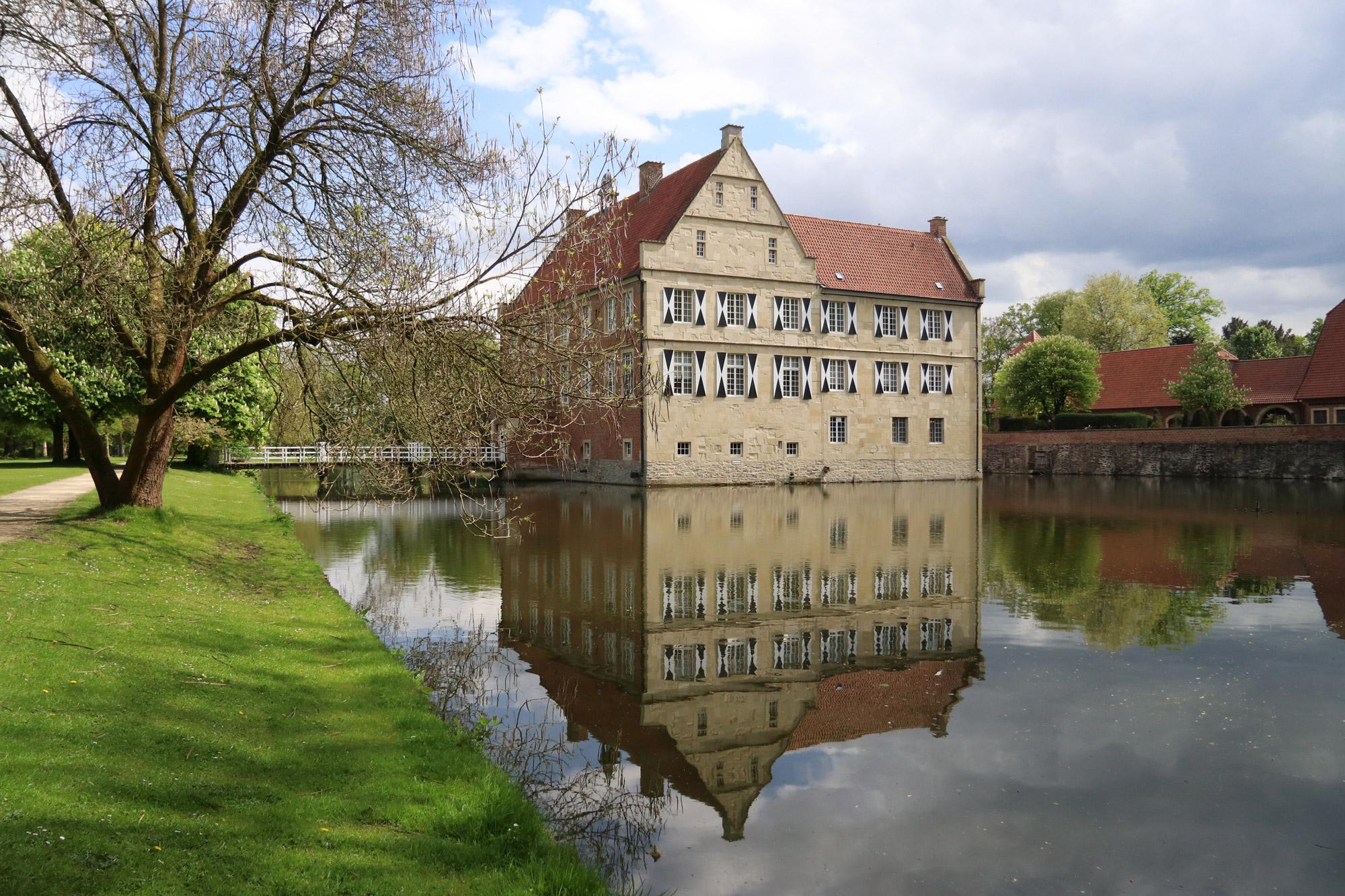 9x doen in Münster - Burg Hülshoff