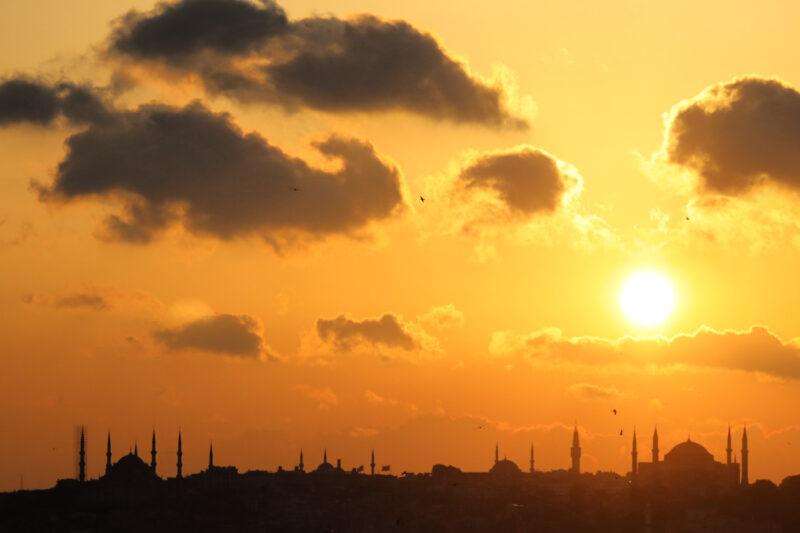 Foto van de maand Mei 2018 - Zonsondergang in Istanbul