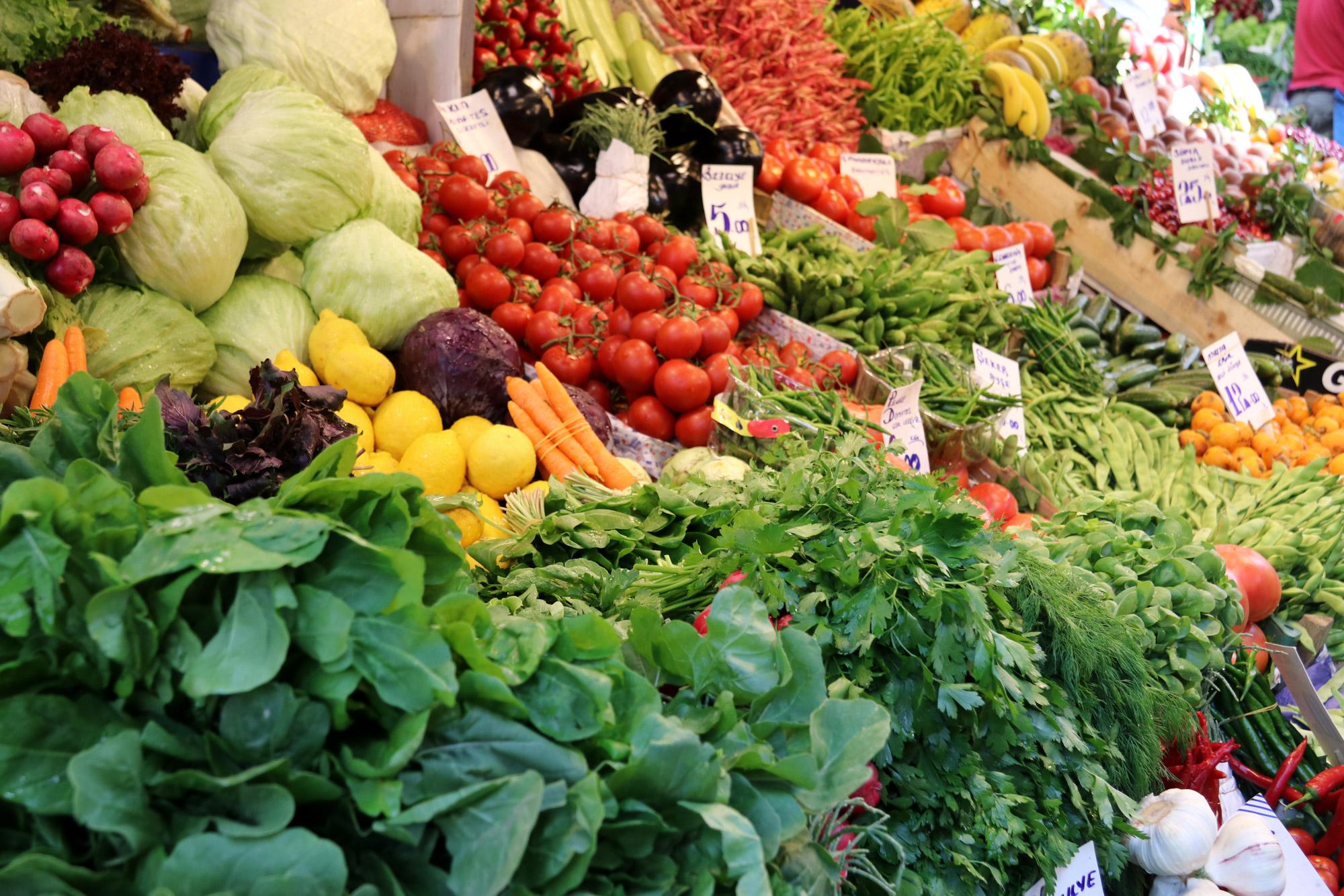 Stedentrip Istanbul - Groente op de markt van Kadiköy