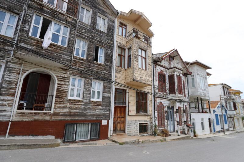 Stedentrip Istanbul - Karakteristieke huisjes op Heybeliada