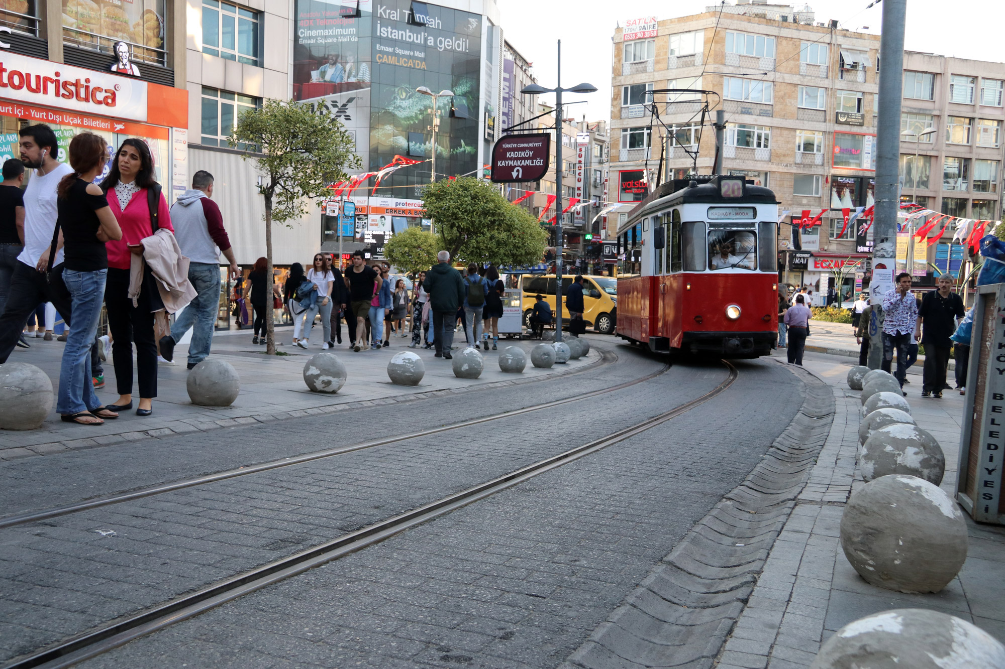 Stedentrip Istanbul - Nostalgische tramin Kadiköy
