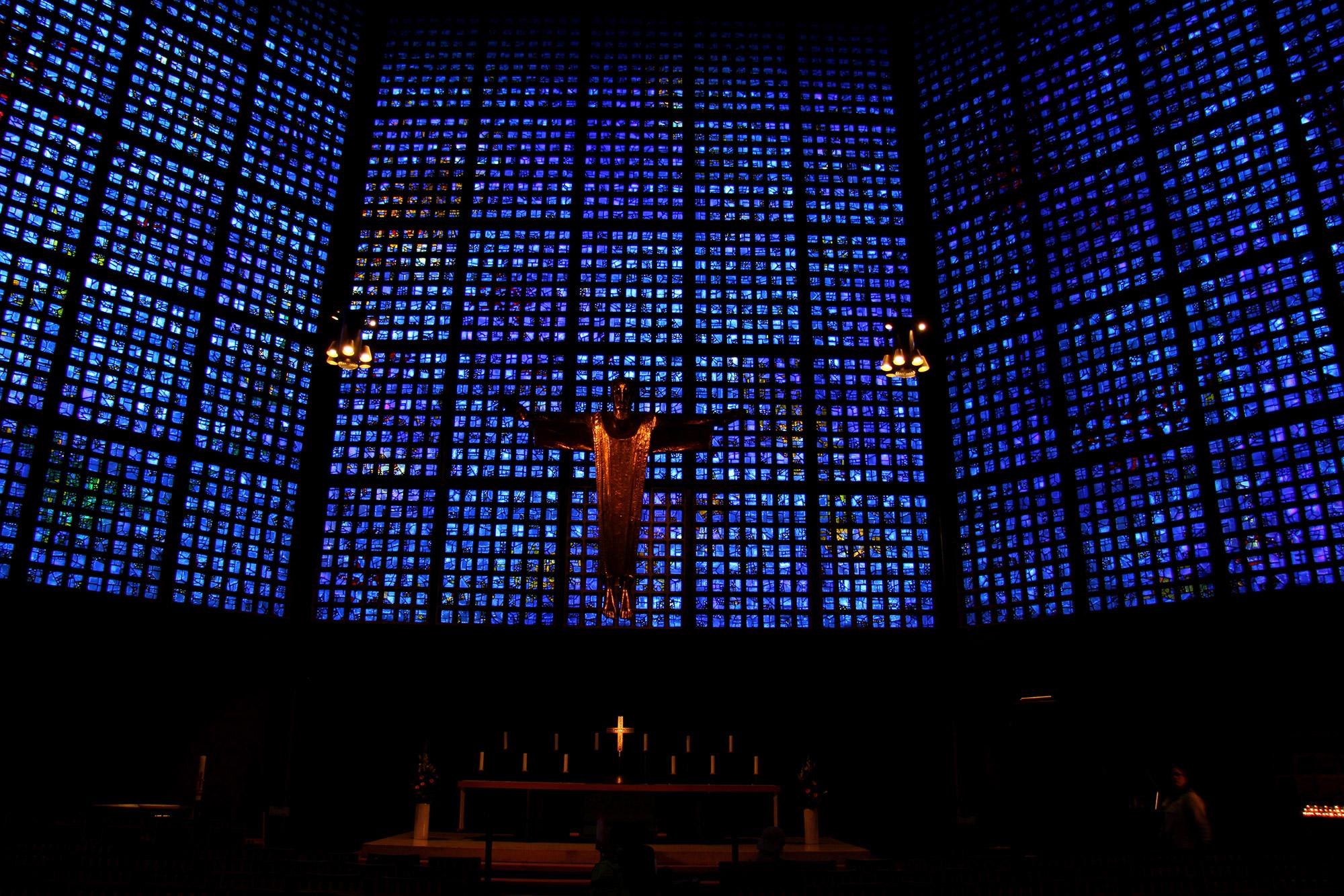 Blue Monday - De Gedächtniskirche in Berlijn