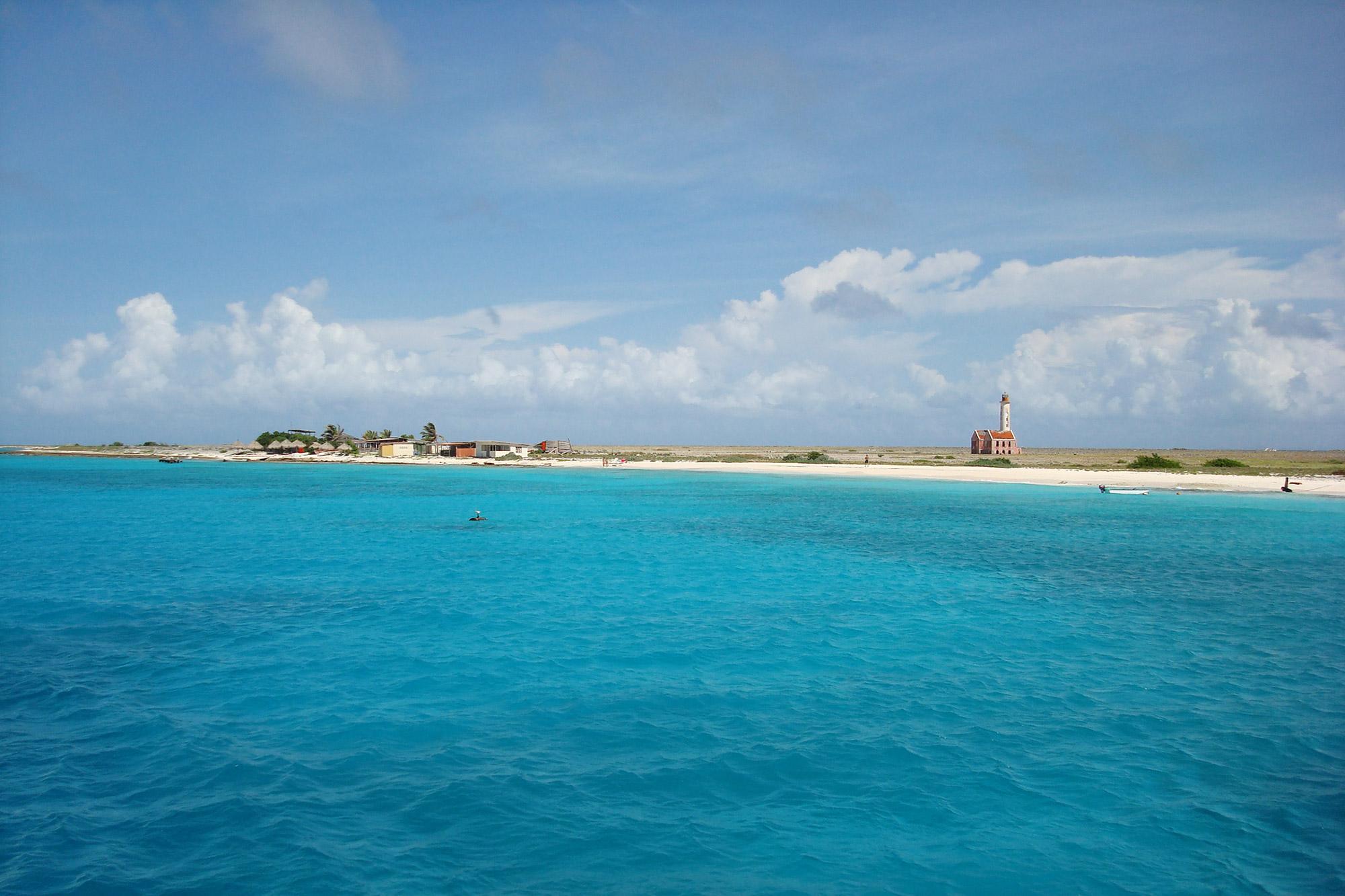 Blue Monday - Tropische zee bij Klein Curaçao