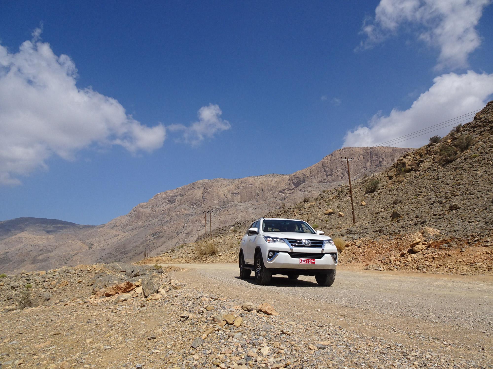 Anika - Oman - Met een 4WD de Canyon in