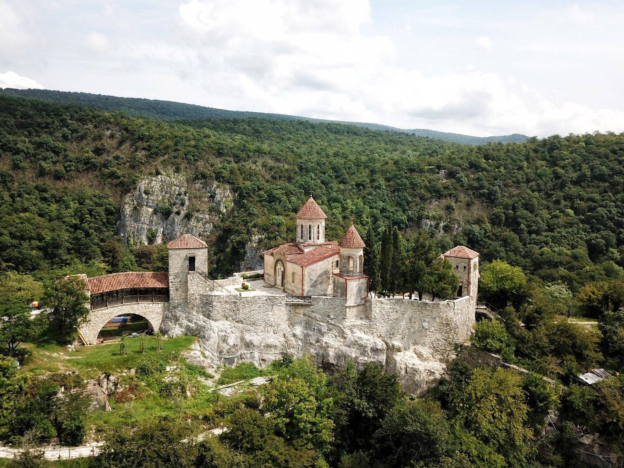 Georgië reisverslag: Motsameta klooster