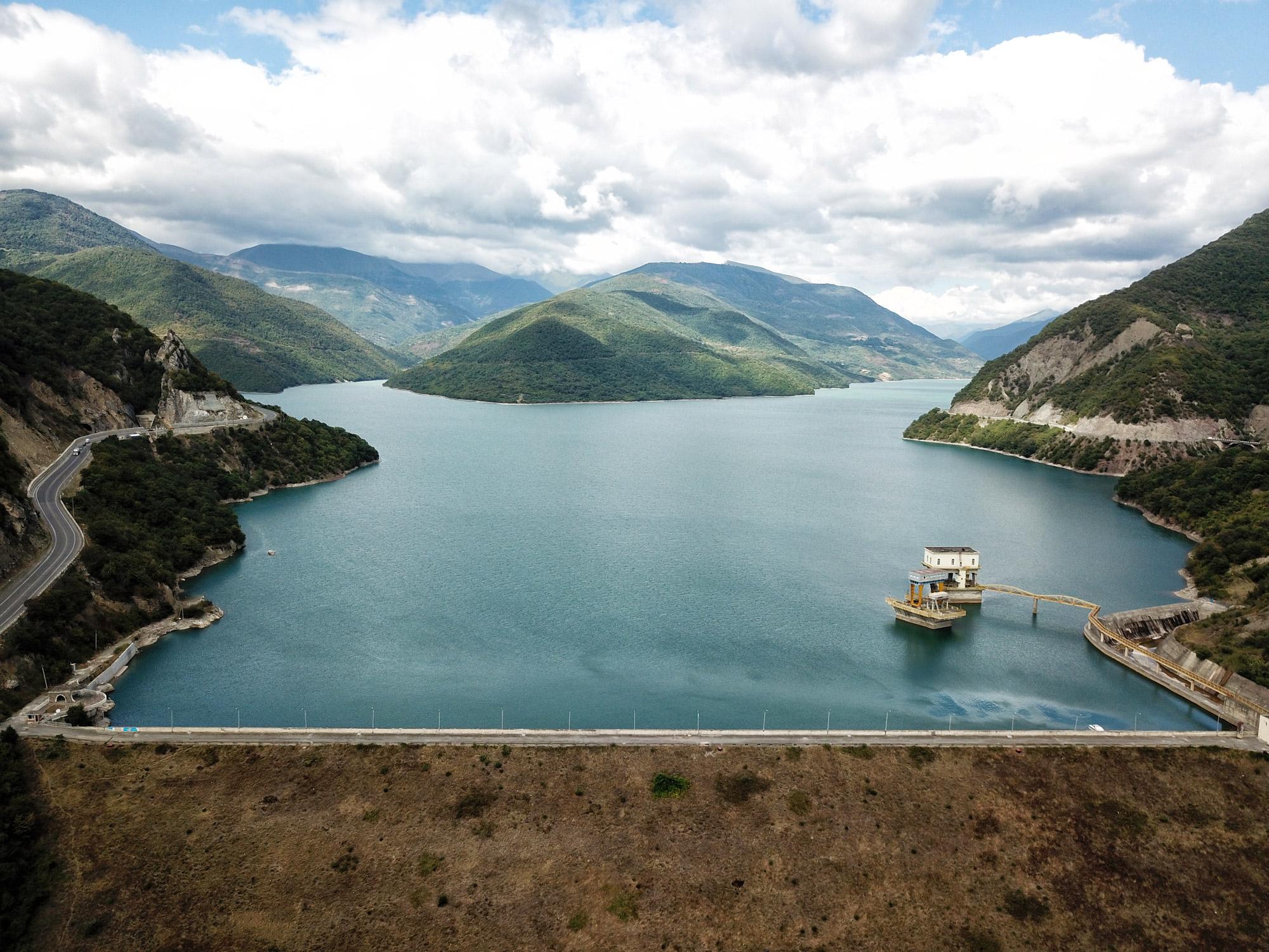 Georgië reisverslag - Zhinvali Dam