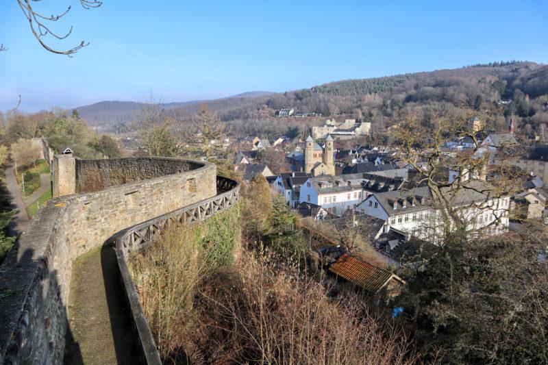 Bad Münstereifel - Stadsmuur, stadspoorten en torens