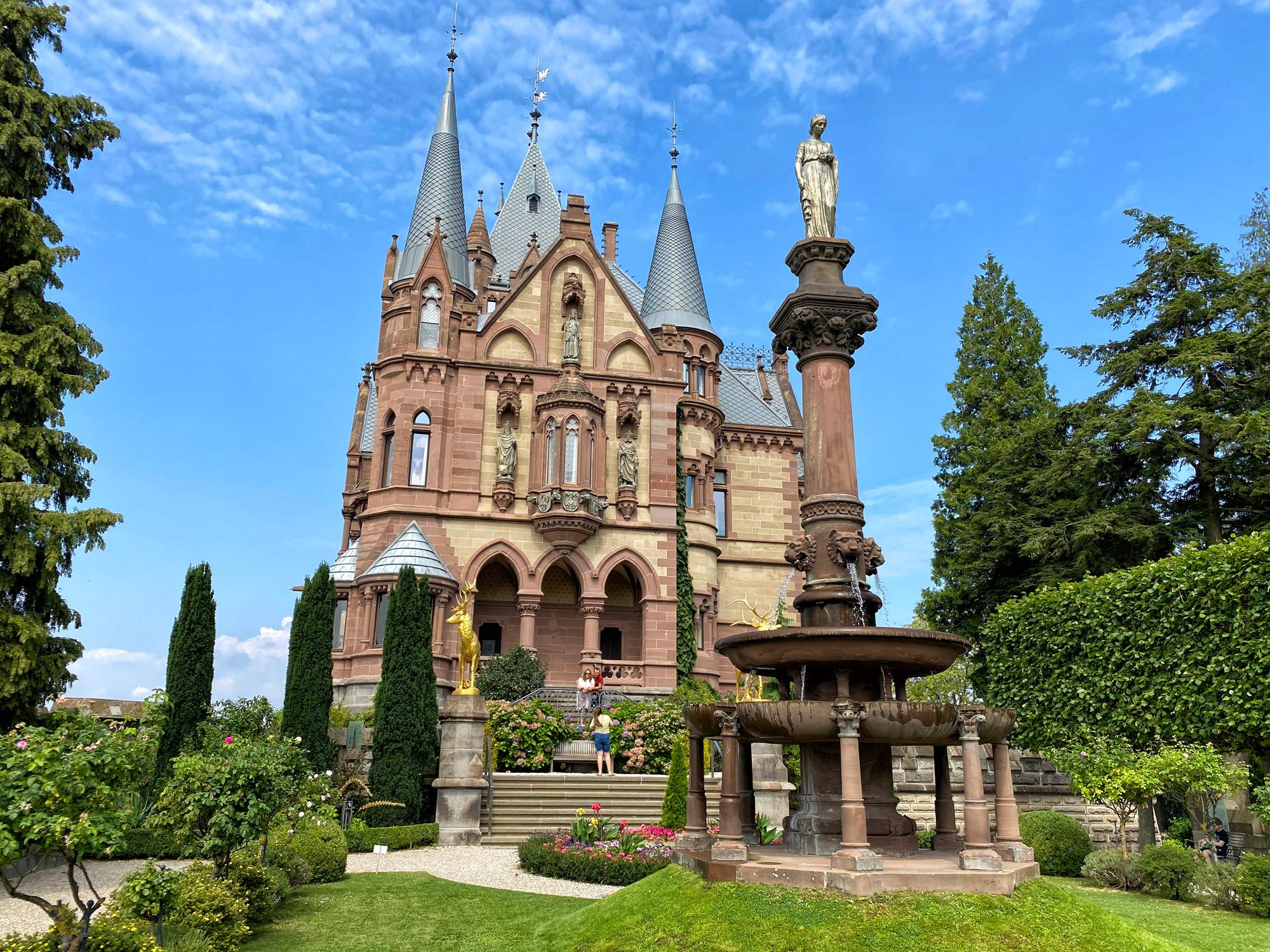 Foto van de maand: Augustus 2020 - Schloss Drachenburg, Duitsland