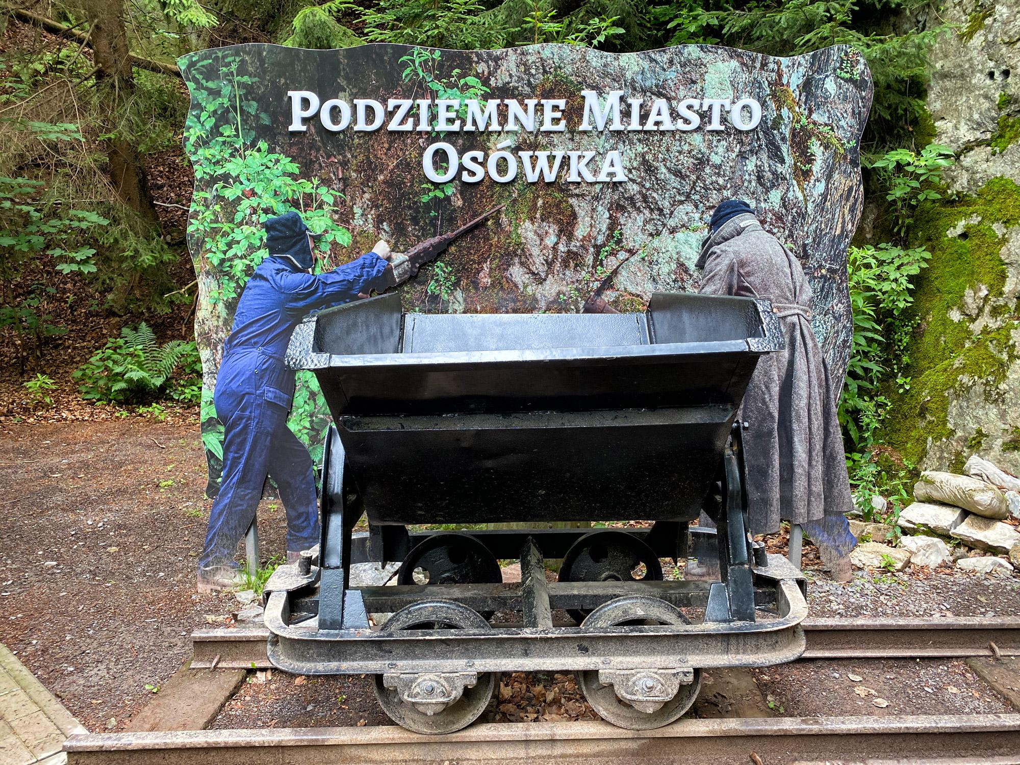 De Ondergrondse stad Osówka - Polen